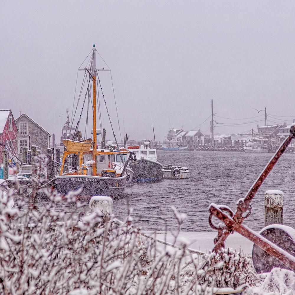 Menemsha harbor snow iec5fr
