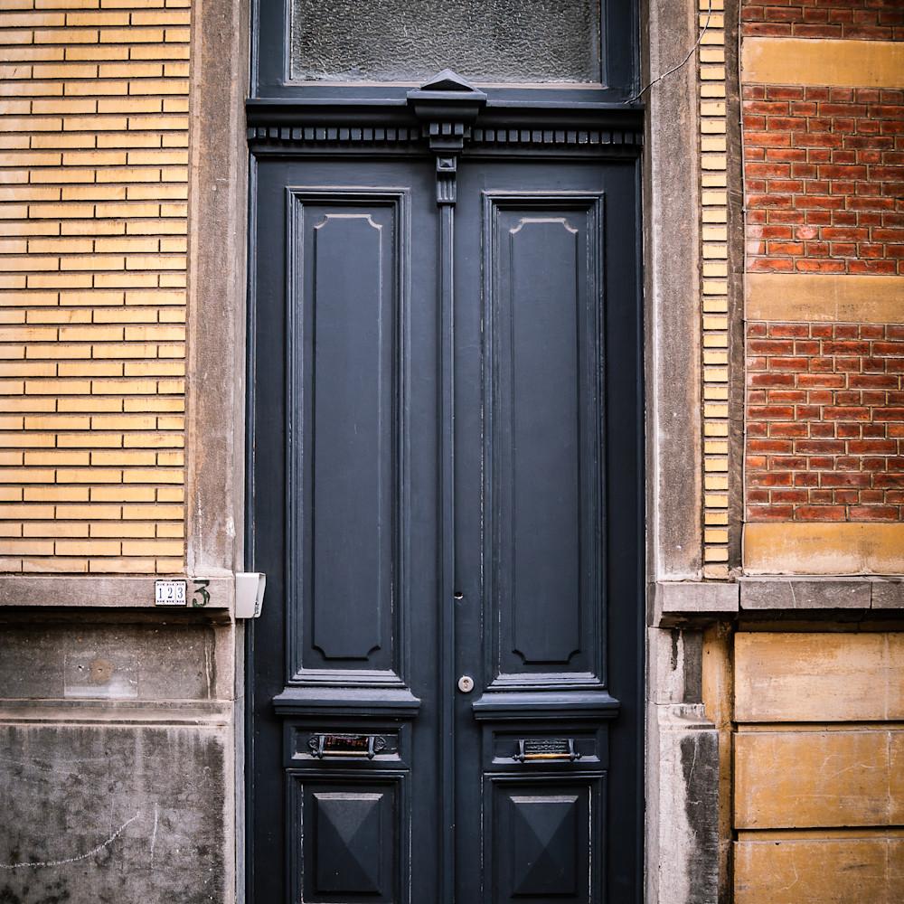 Doors of ixelles 5 brussels belgium 2018 f9cw4k