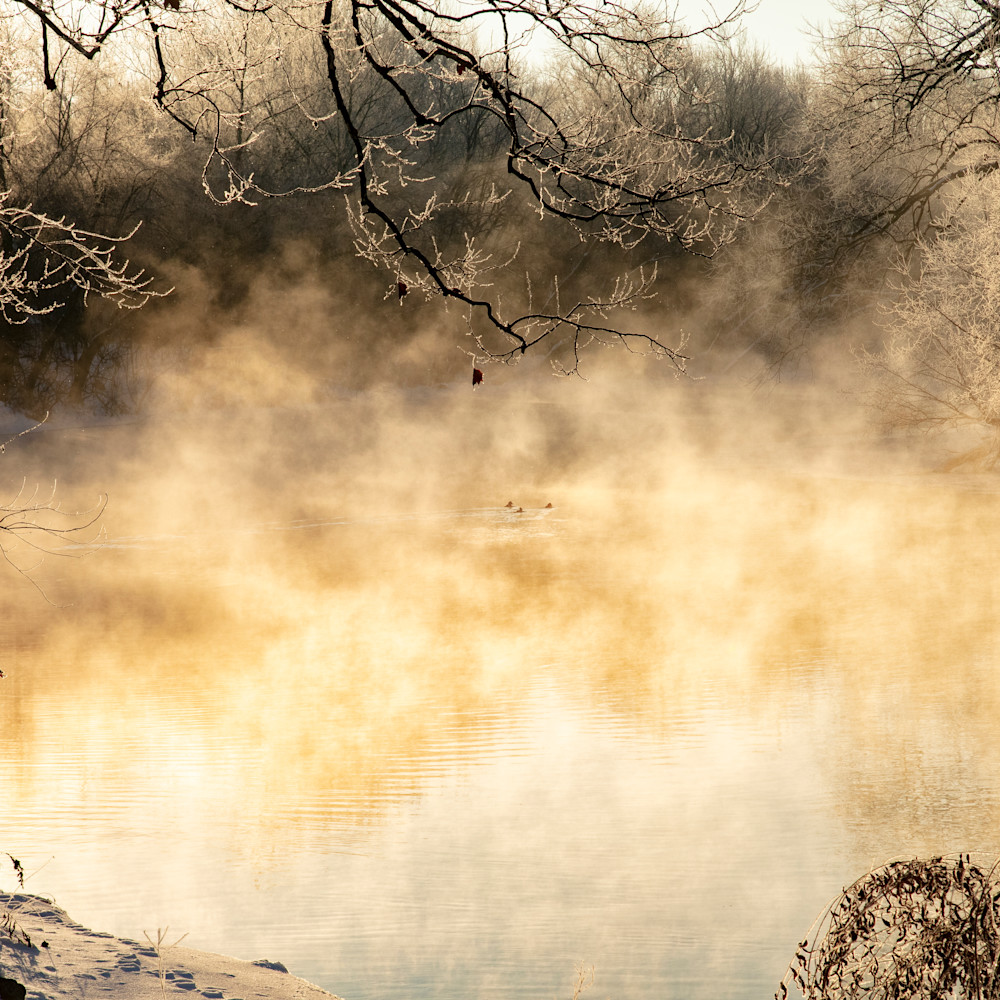 Disapearing spring river steam ice 3389 fss adxfwh
