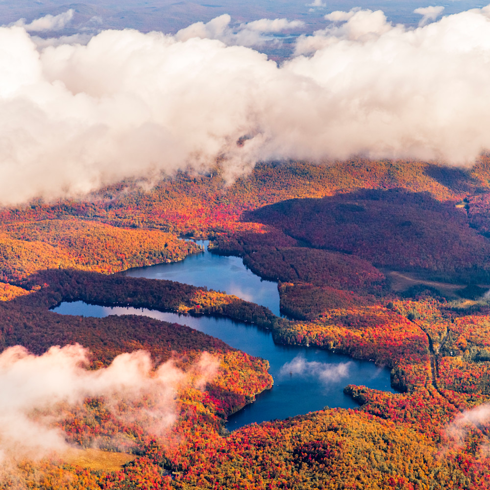 Eagle crag mt arab lake fall aerial zqrysz