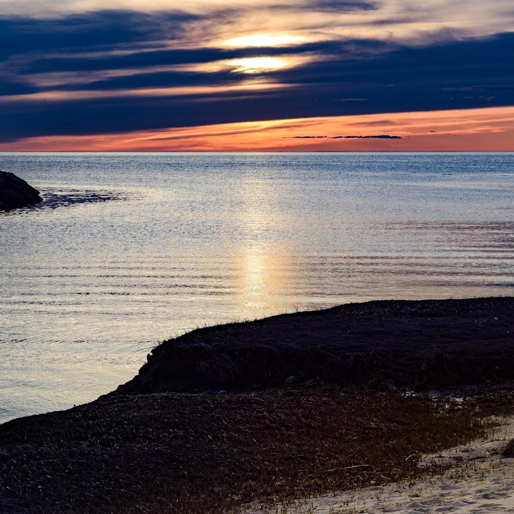 Rock harbor dusk no wm ric8py