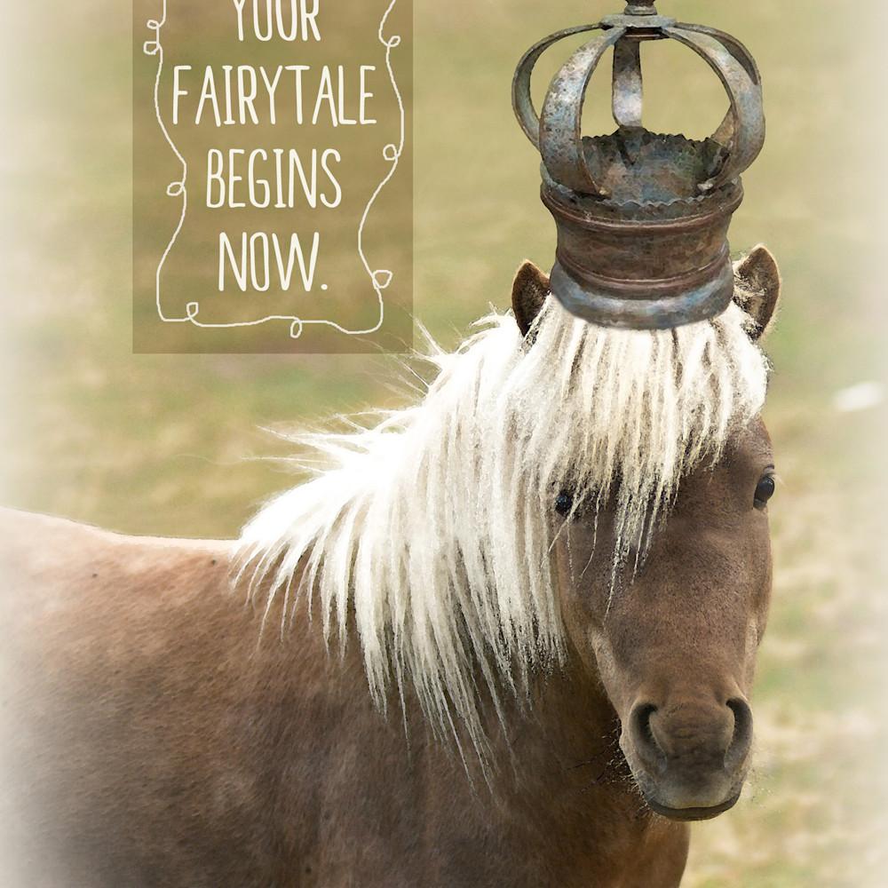 Pony crowned vs juajdt