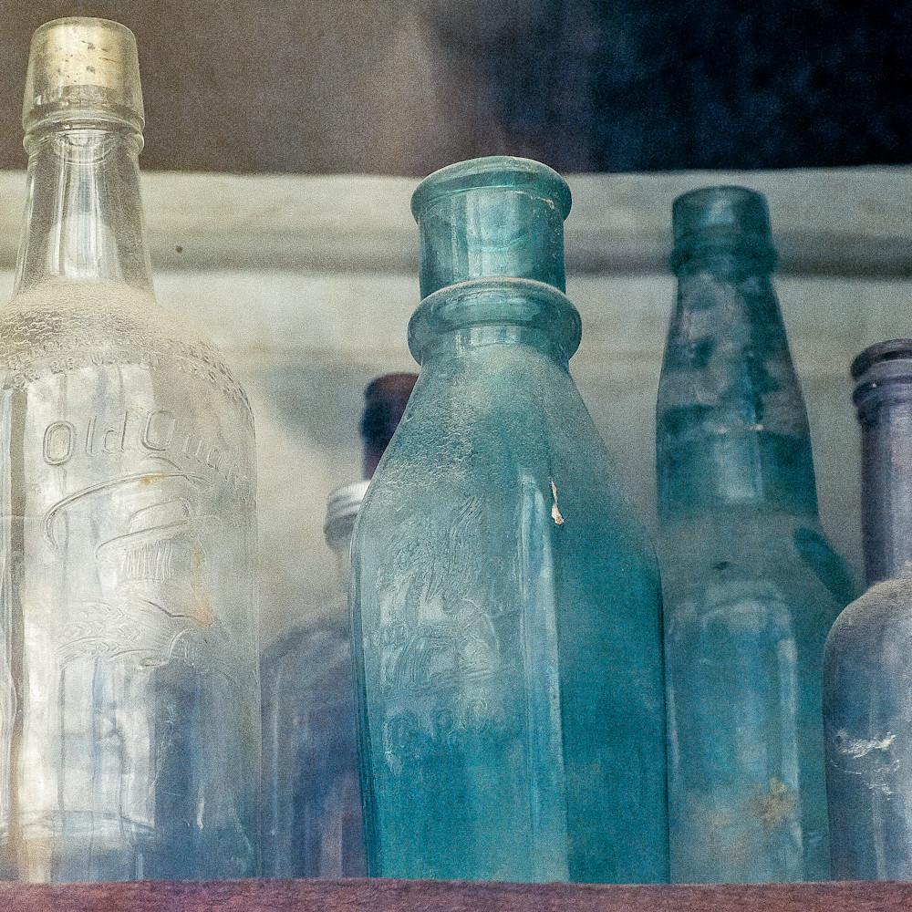 Bodie bottles in store window dsc 5281 jkxi8q
