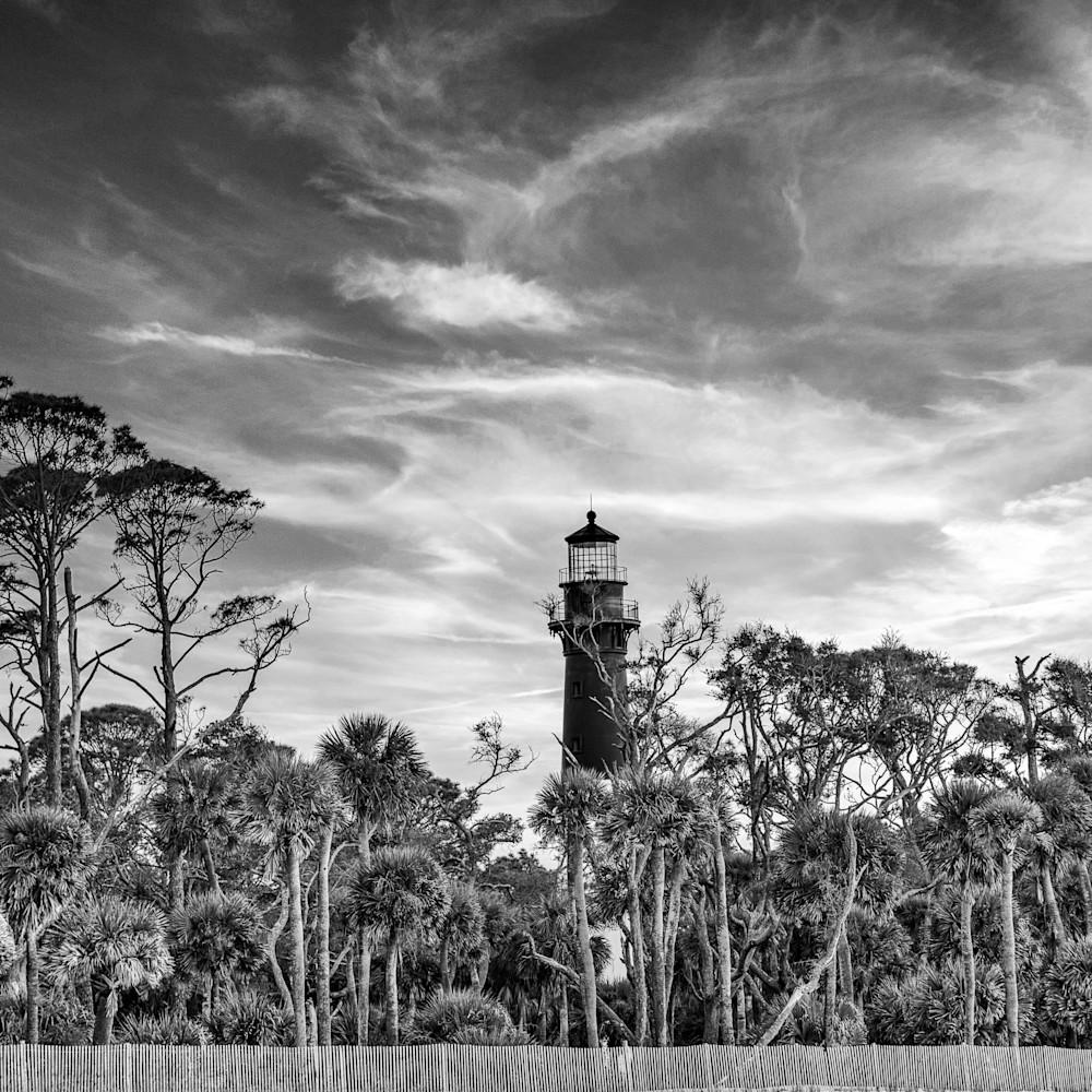 Lighthouse sunset bw h4d1hf