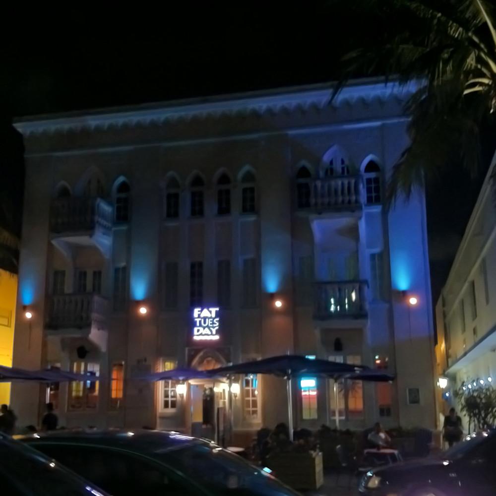 Miami beach at night g7ytqy