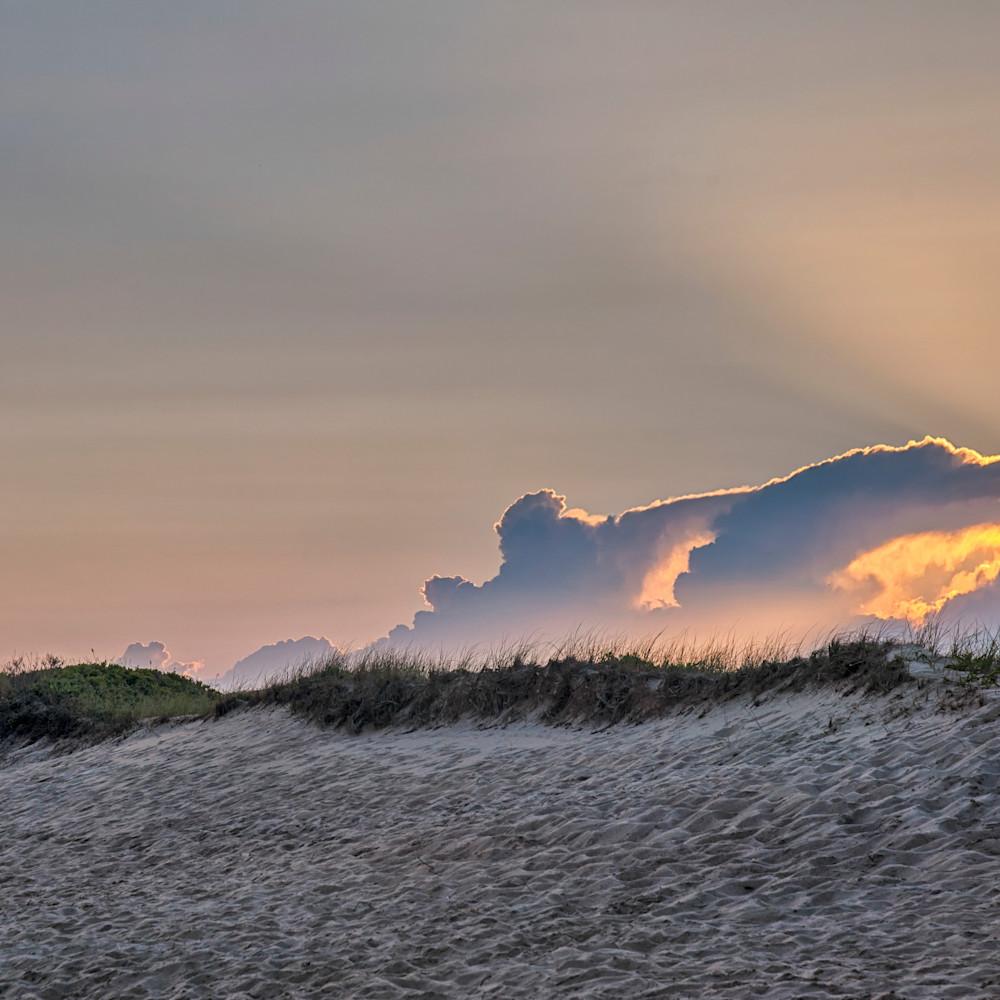 South beach clouds and light rays rbwq9v