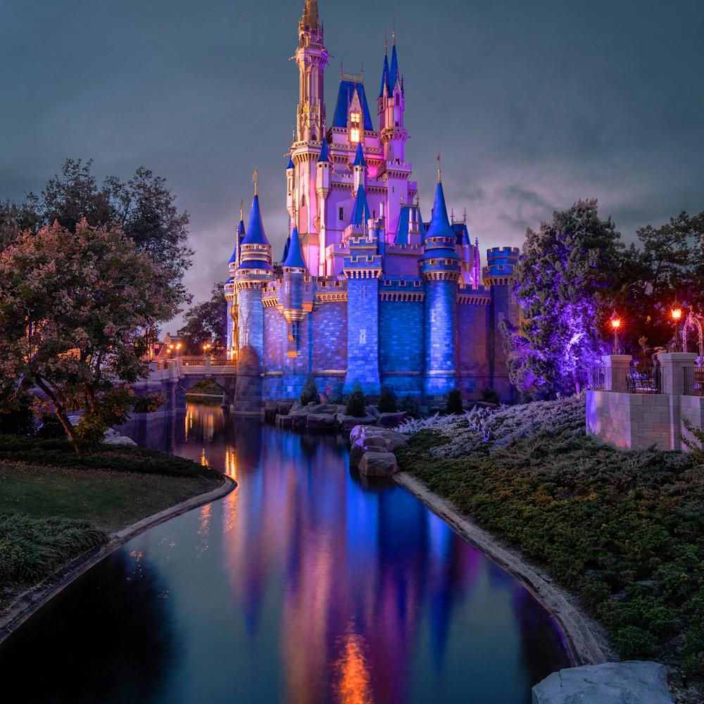 The evening glow of cinderella s castle 2 tc8zxe