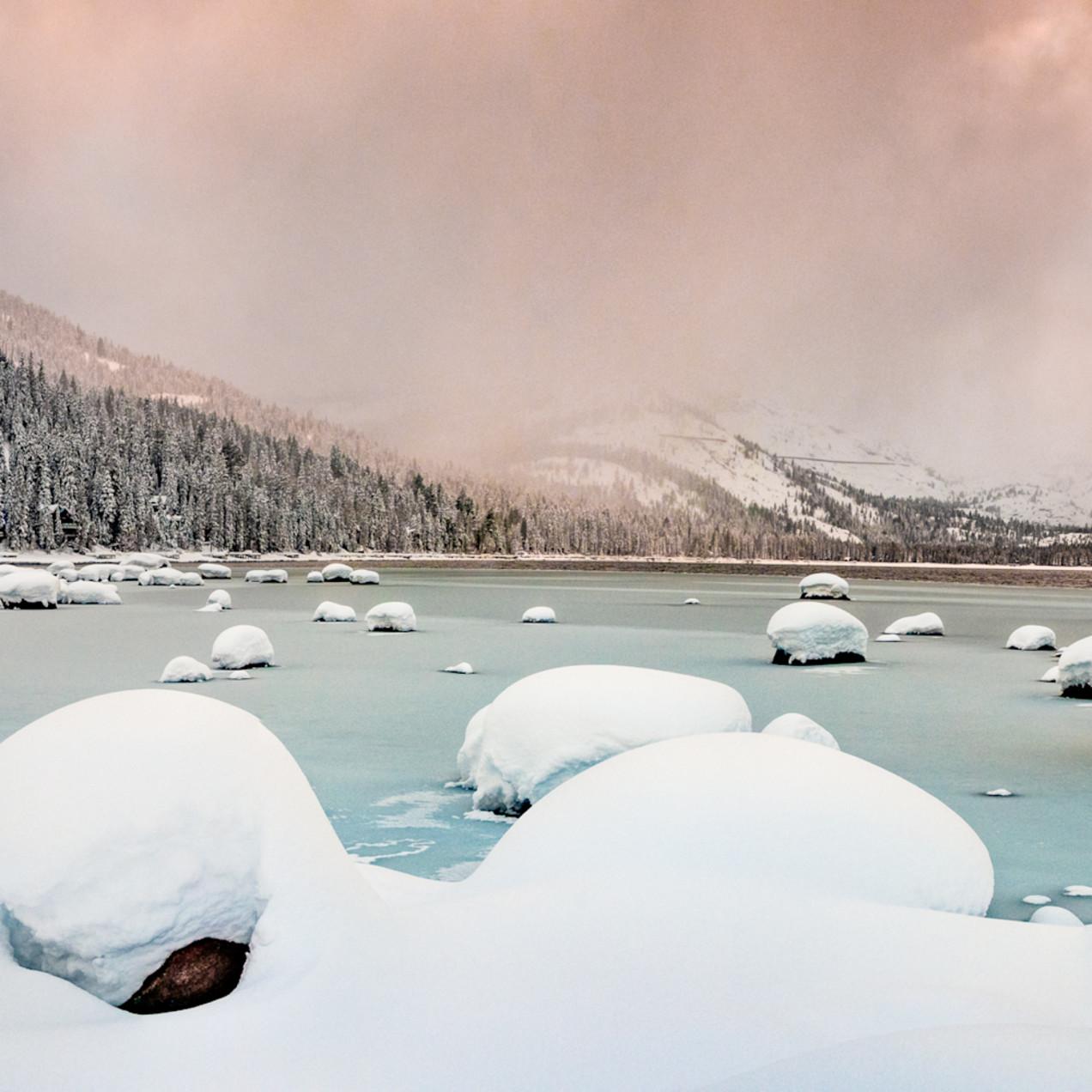 Winter storm donner lake 2 e9nyaw