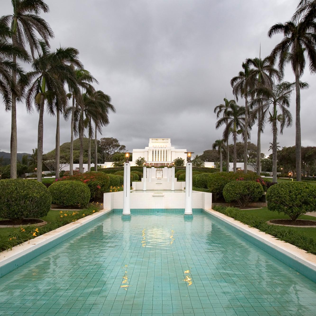 Robert a boyd laie hawaii temple stormy sky fqntdm