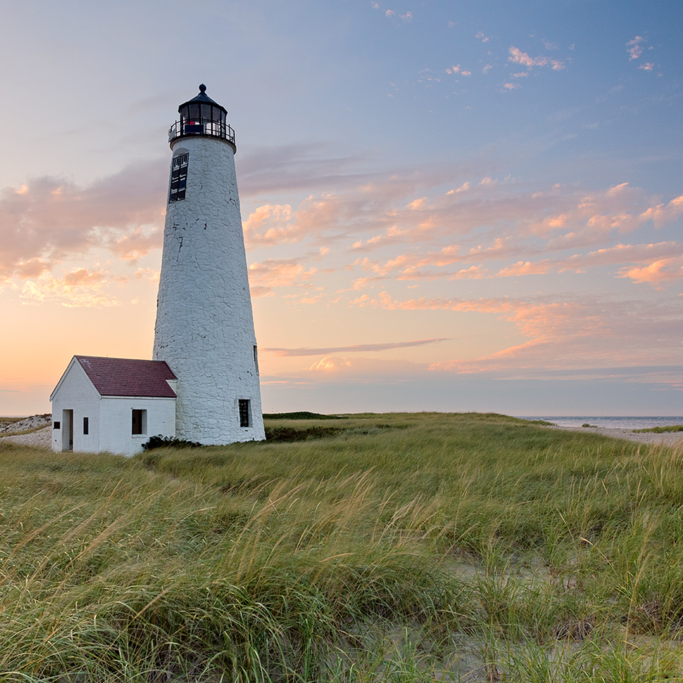 Great point lighthouse nantucket sunset web e5wprm