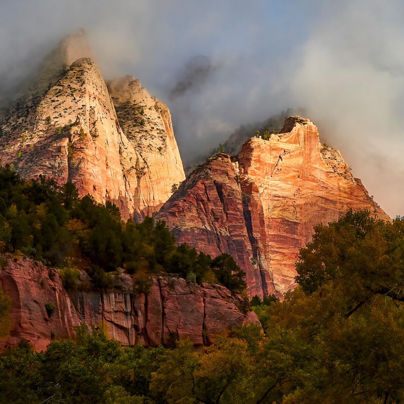 Sunrise in zion canyon india 3x2 s8uqvi