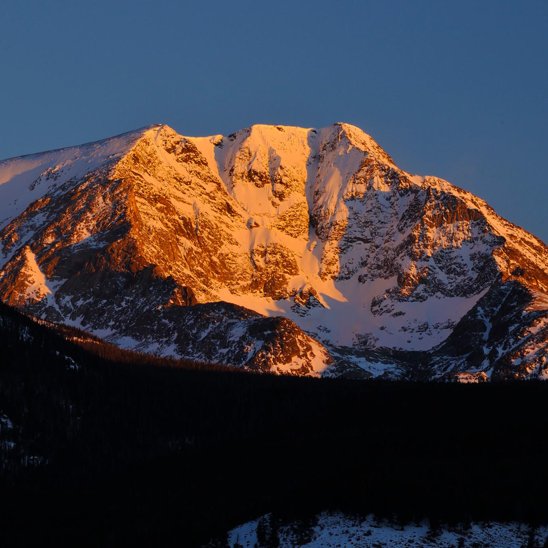 Ypsilon mountain oipv8x