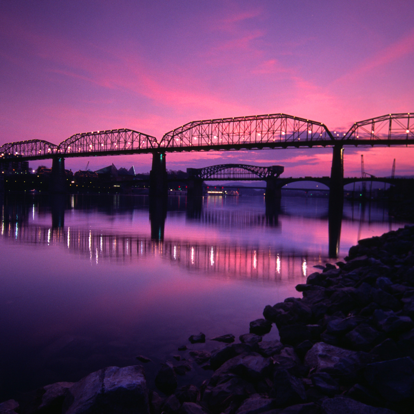 Walnut st. bridge sunset x3348b