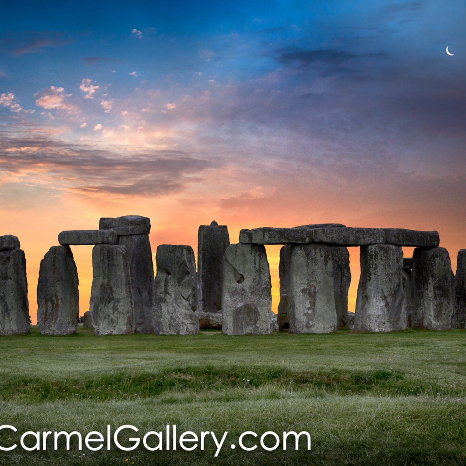 Moonrise over stonehenge xgcpg9