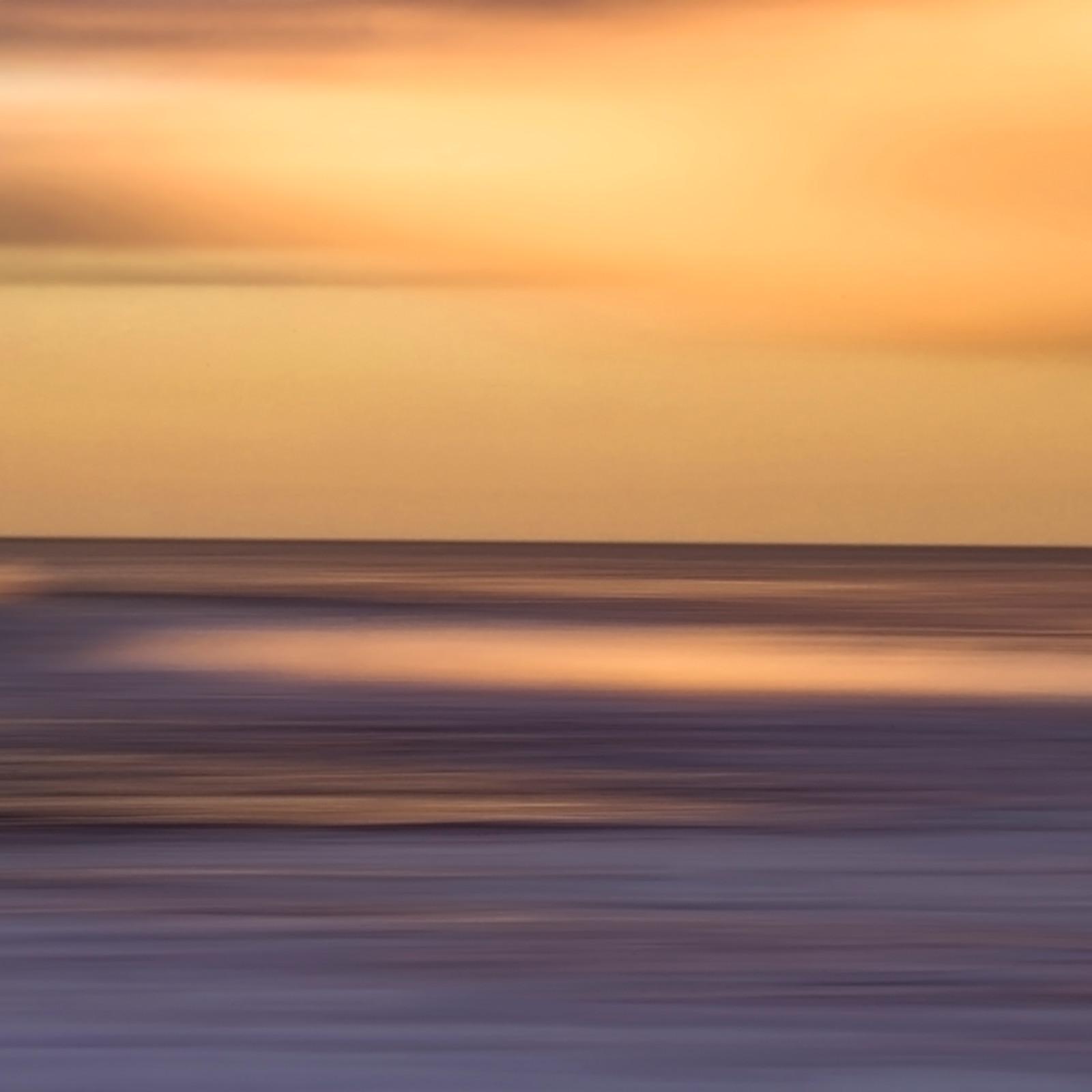 Atlantic abstract orange ryeueu