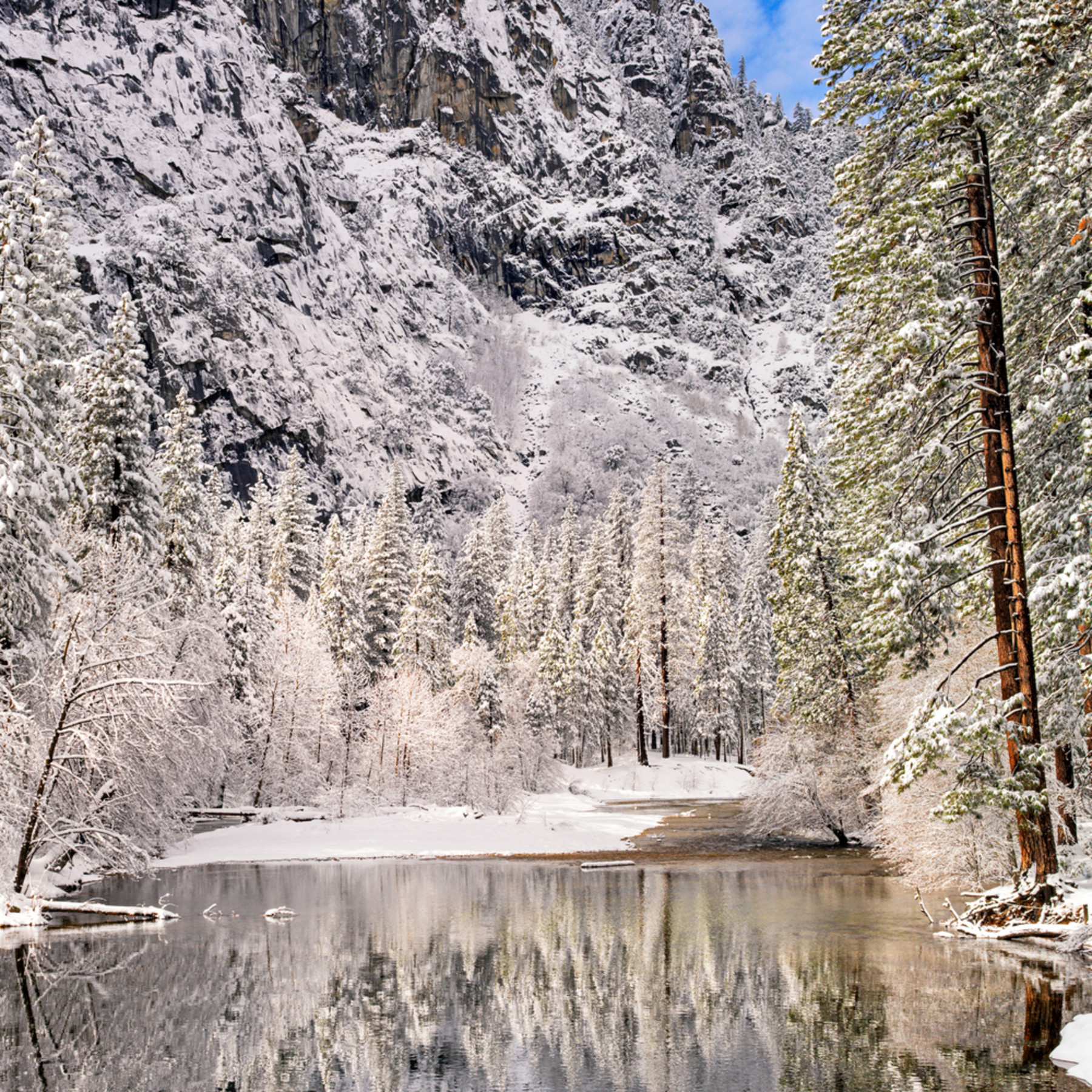 Merced river in winter cs5sis
