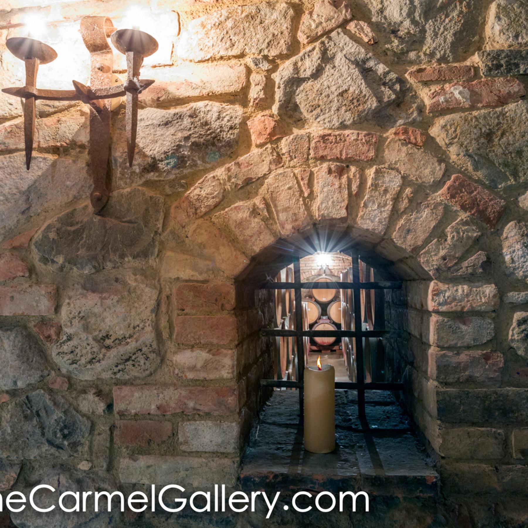 Candlelit cellar b6dlvv