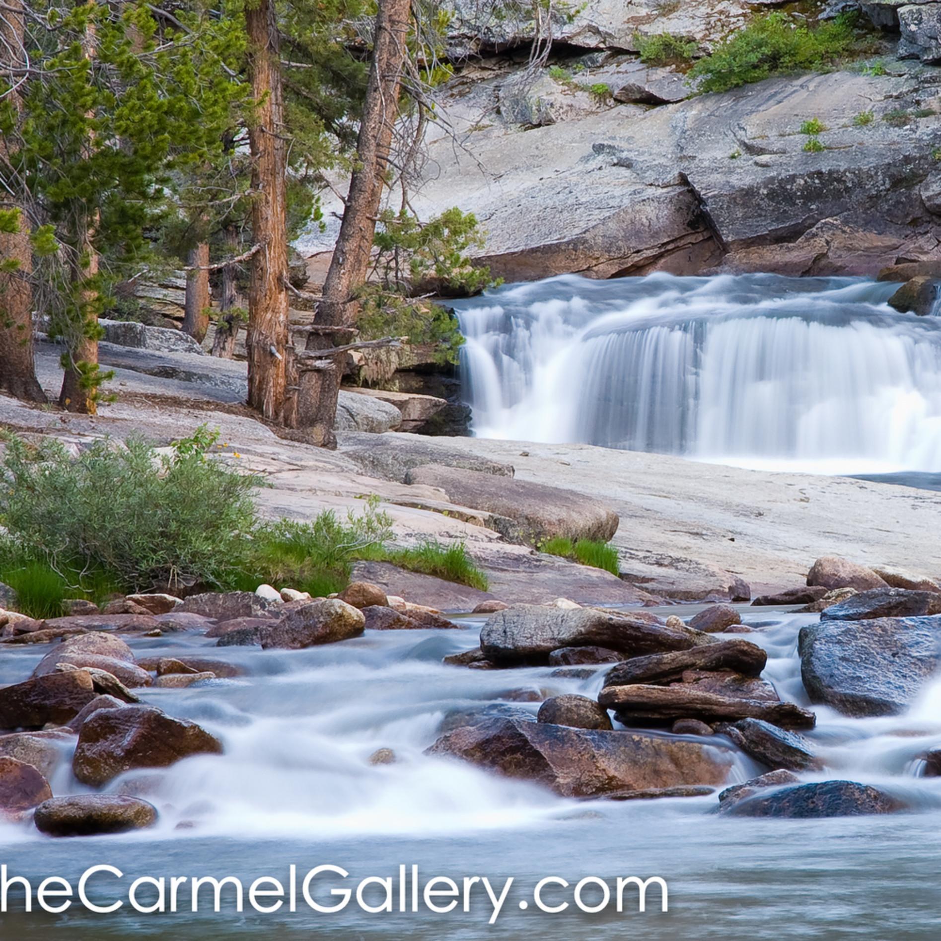 Merced river cascades vvatwm