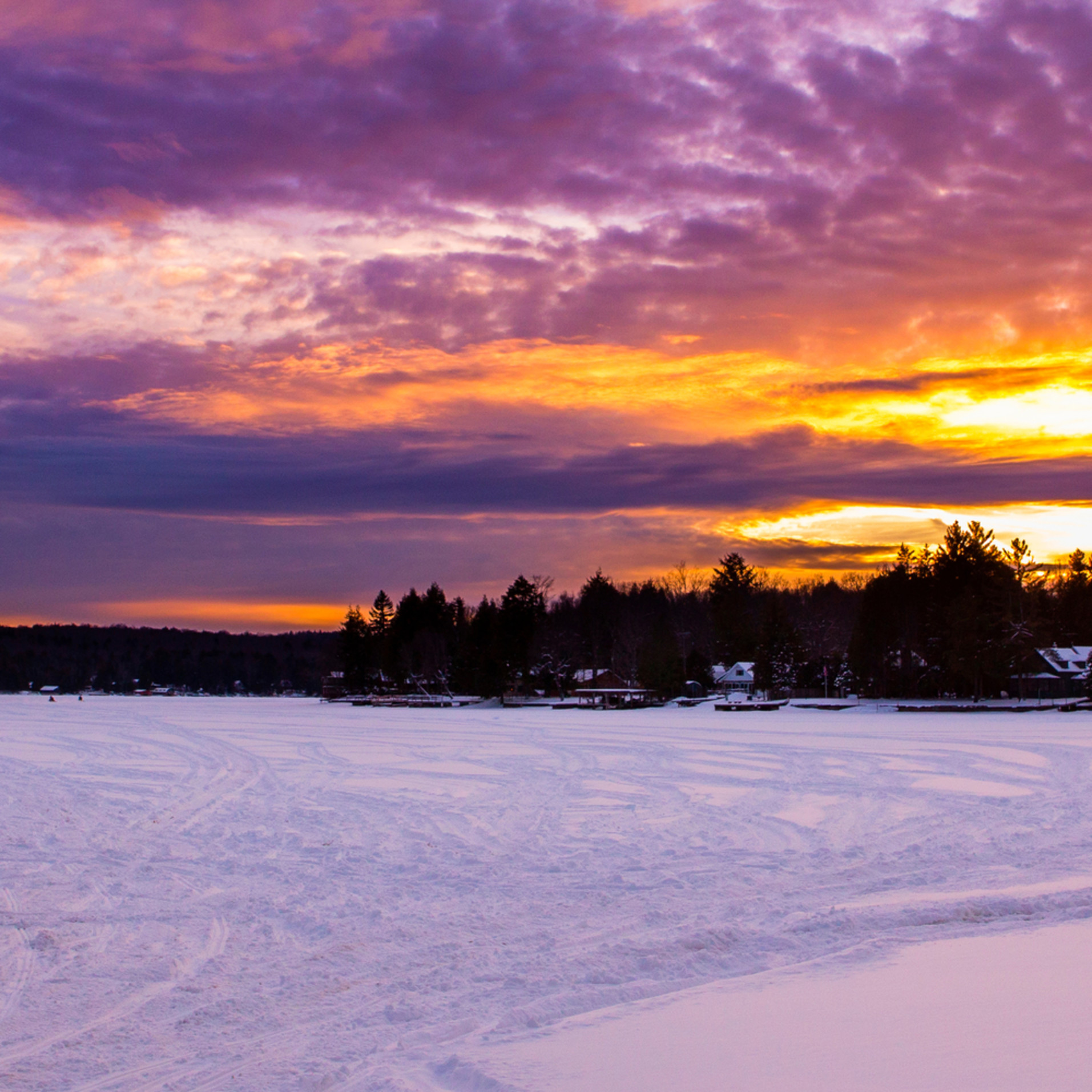 4th lake snowmobile sunset panormic dkke9b