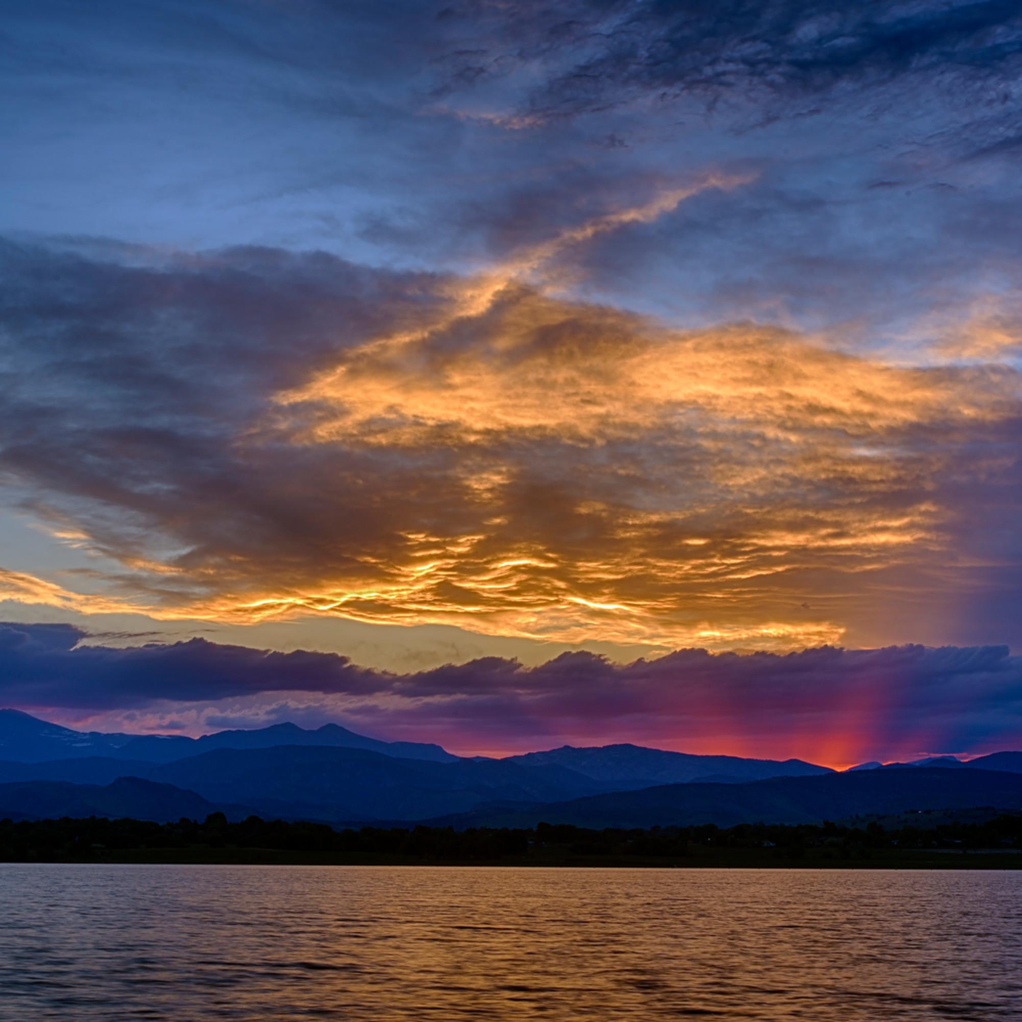 Mountain sunset at mcintosh lake hzmafg