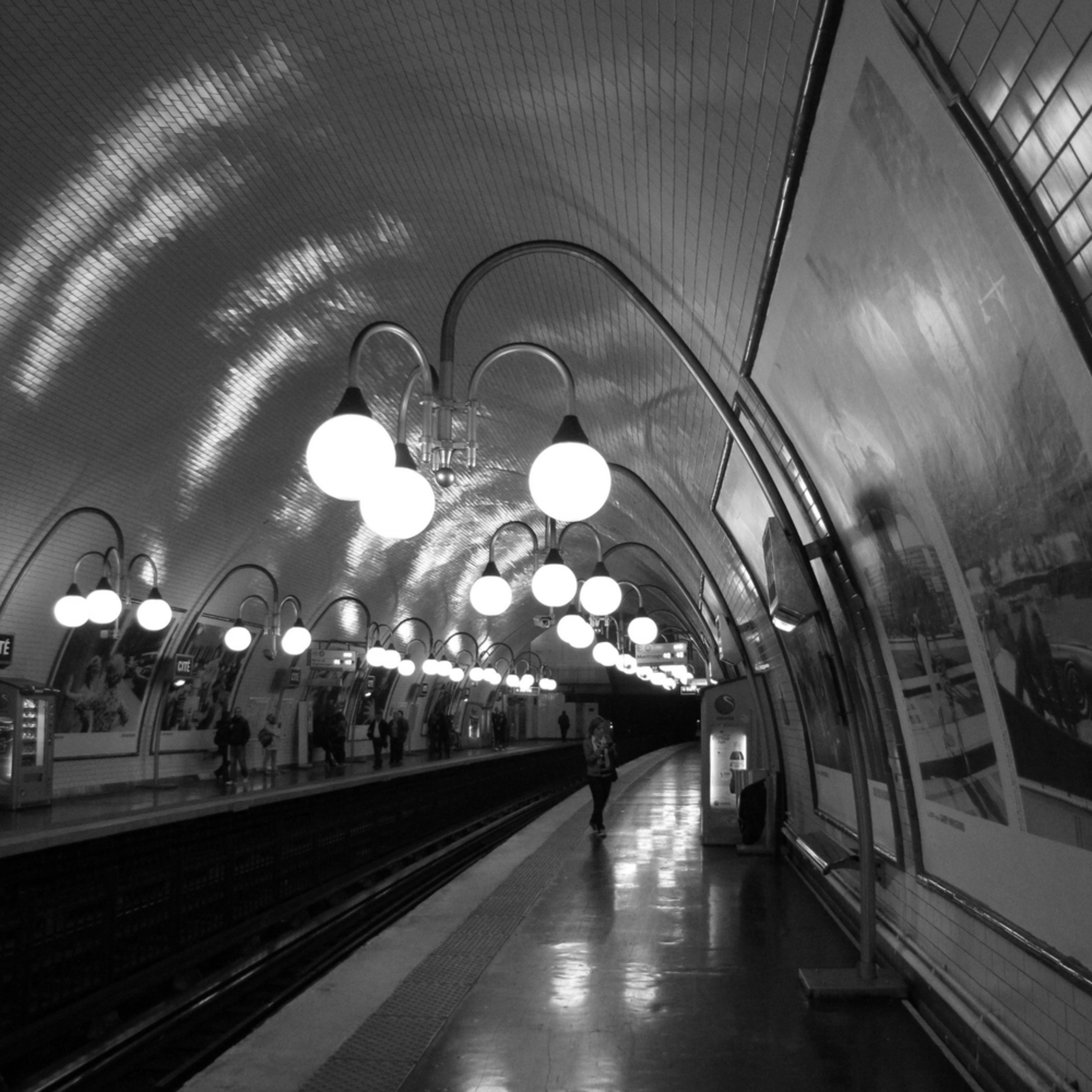 Cite metro paris 1 ixtoi0