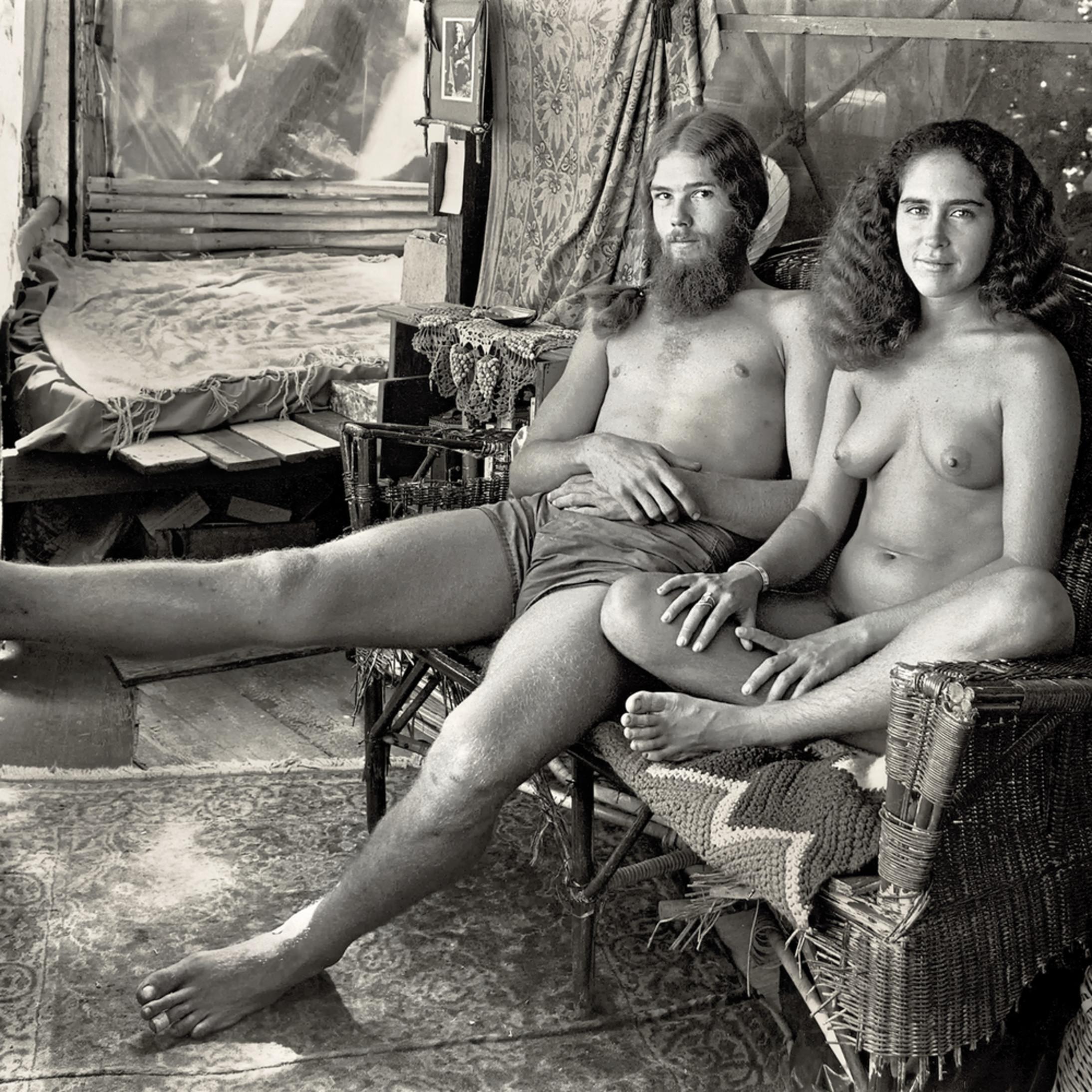 Nude Hippie Babes