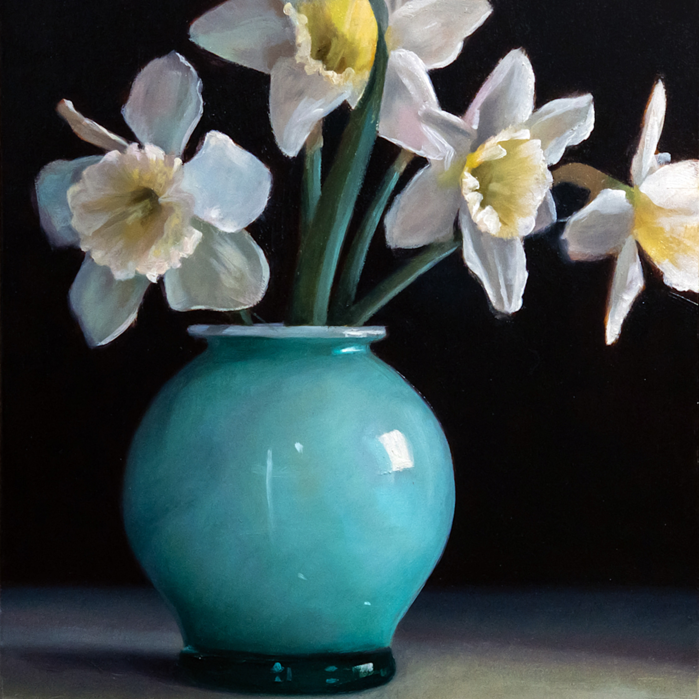 Daffodils in turquoise vase r1dewv