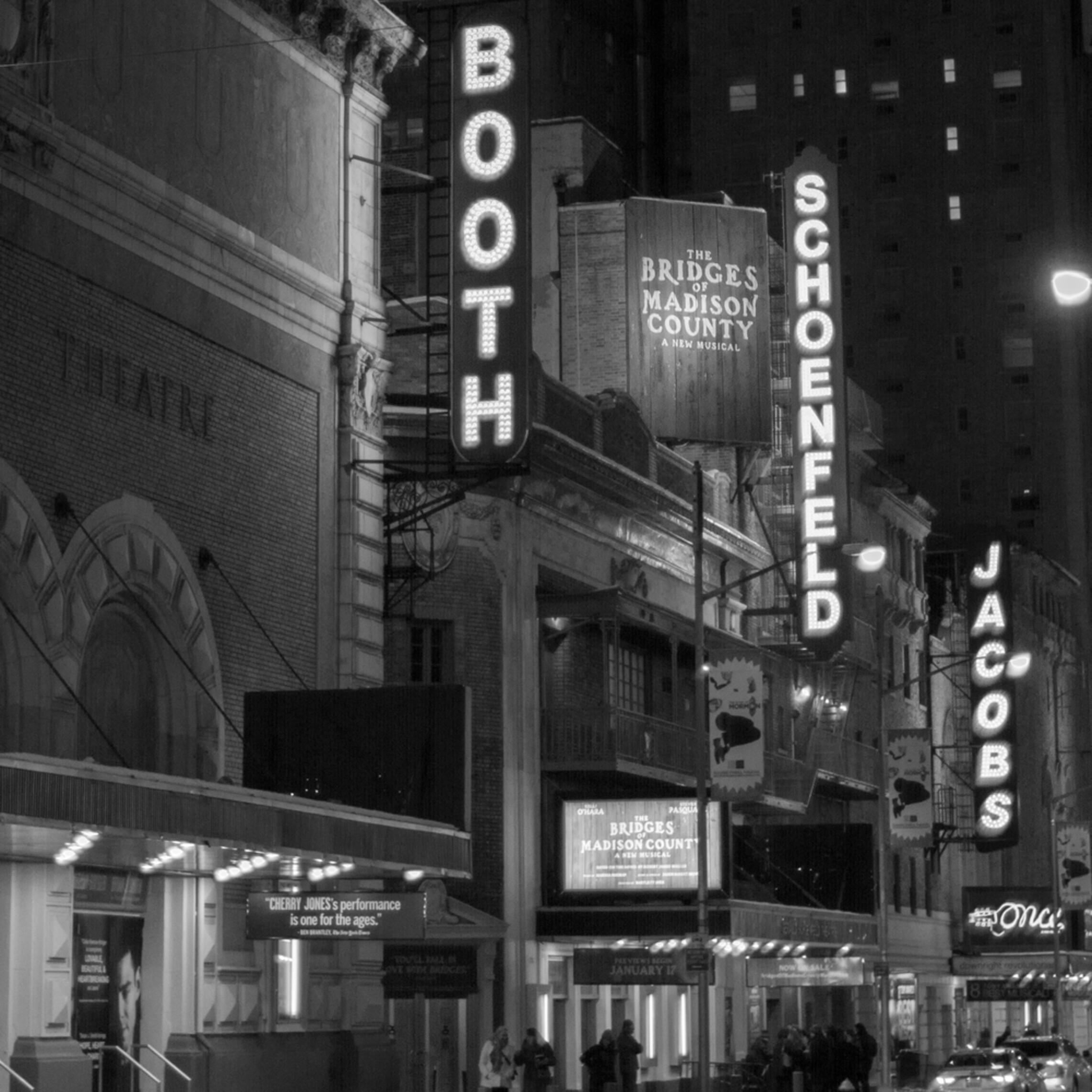 New york city at night broadway xdxvfq