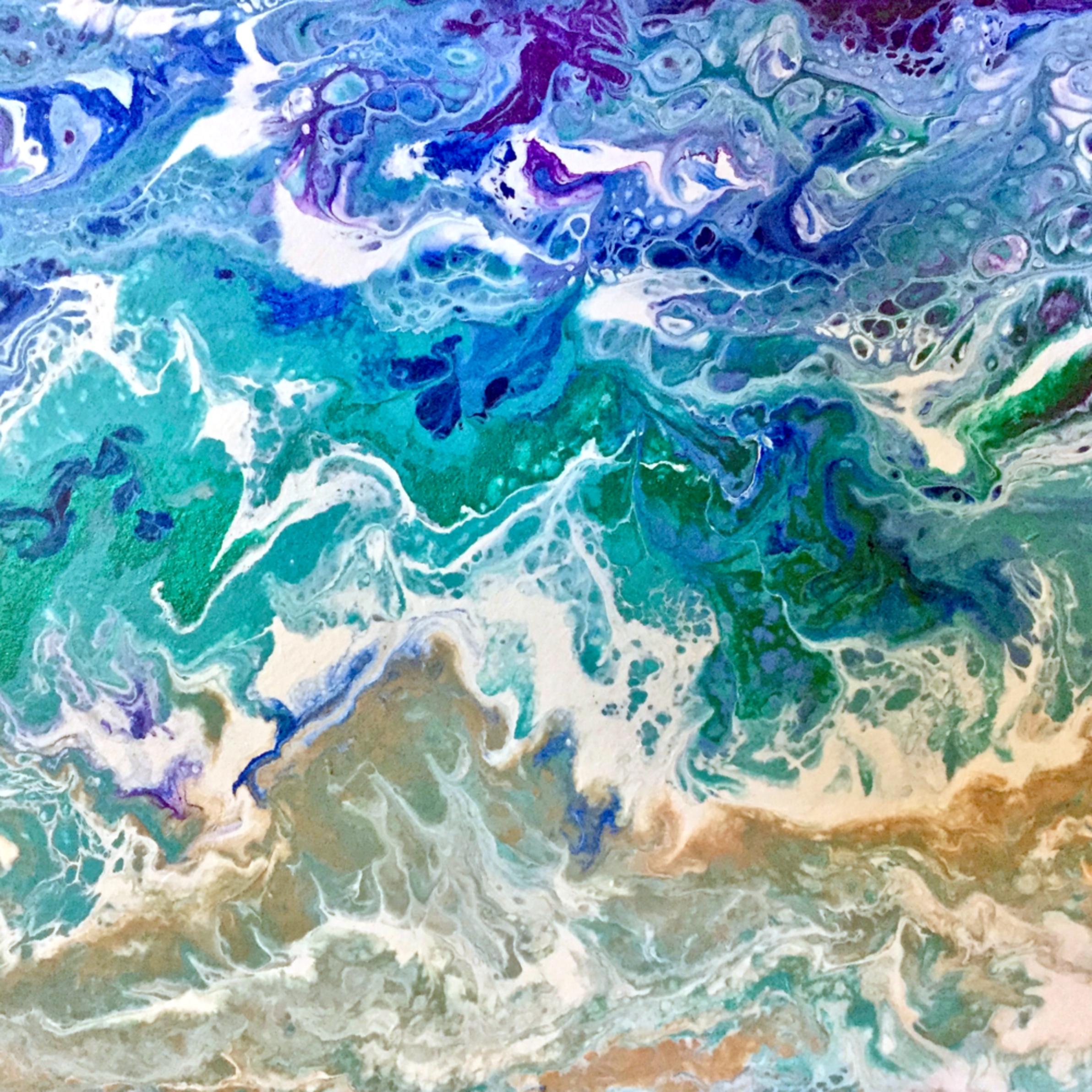 Incoming tide qrrmvr