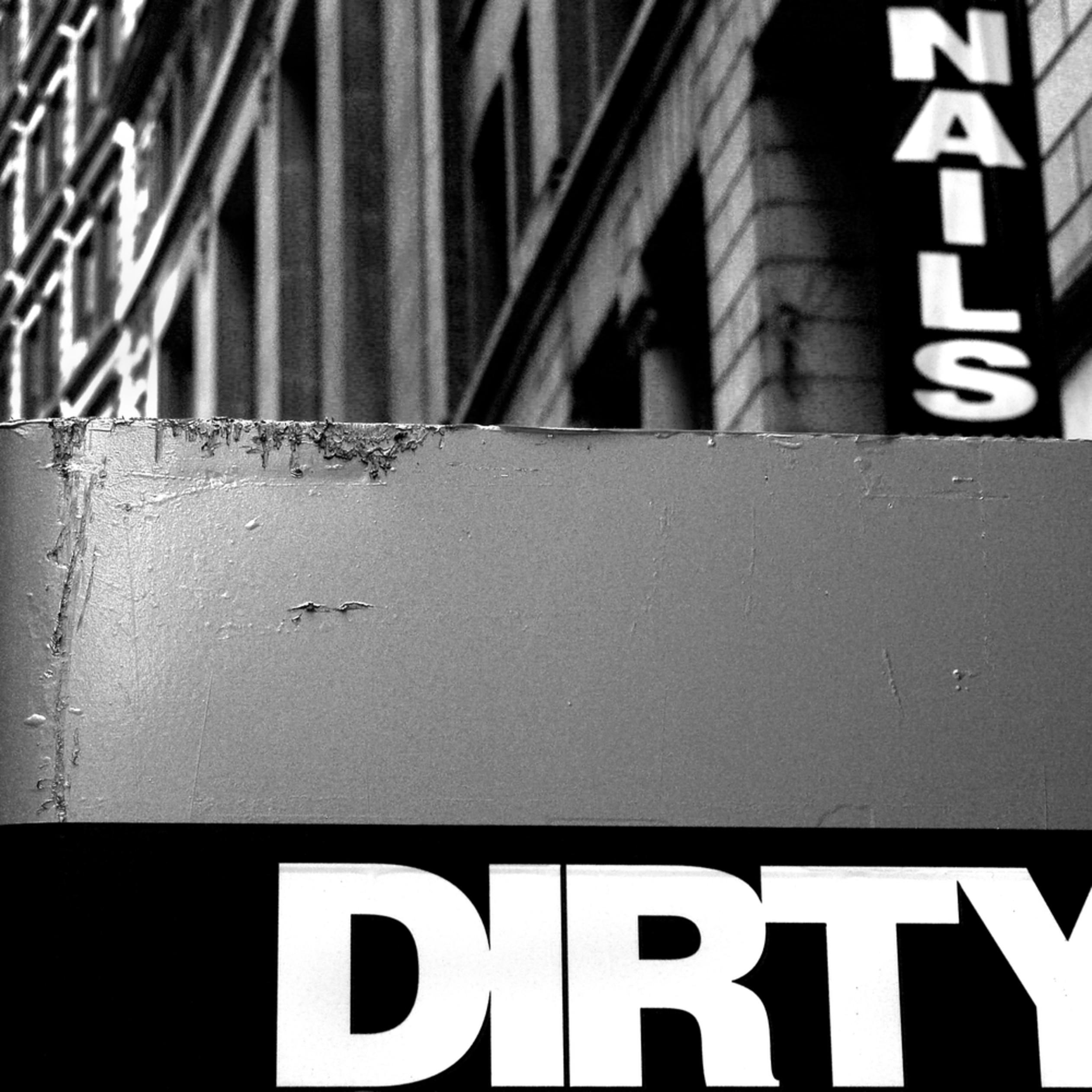 Dirty nails rcyiai