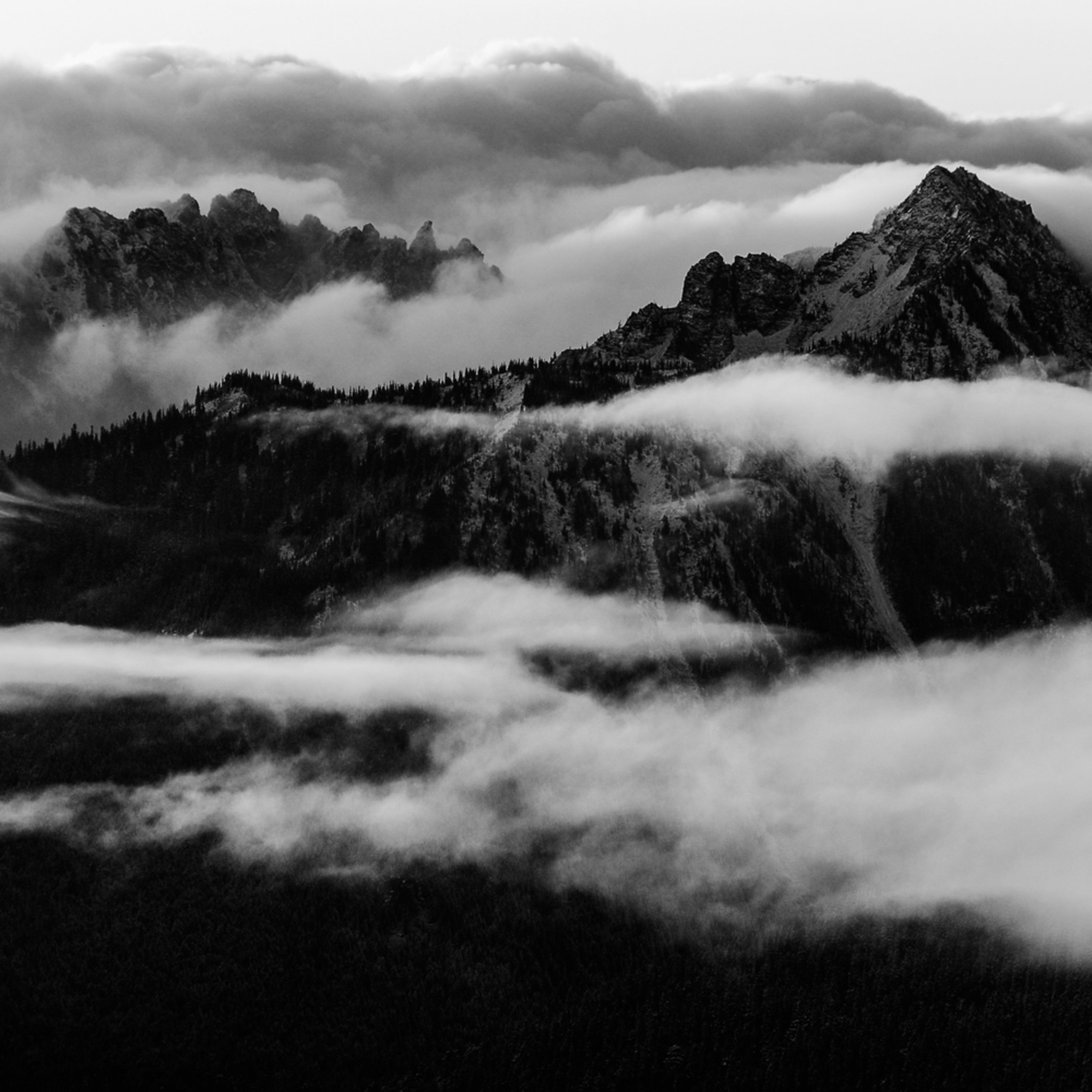 Mountain ranges sunrise mt rainier washington bw gmjomm