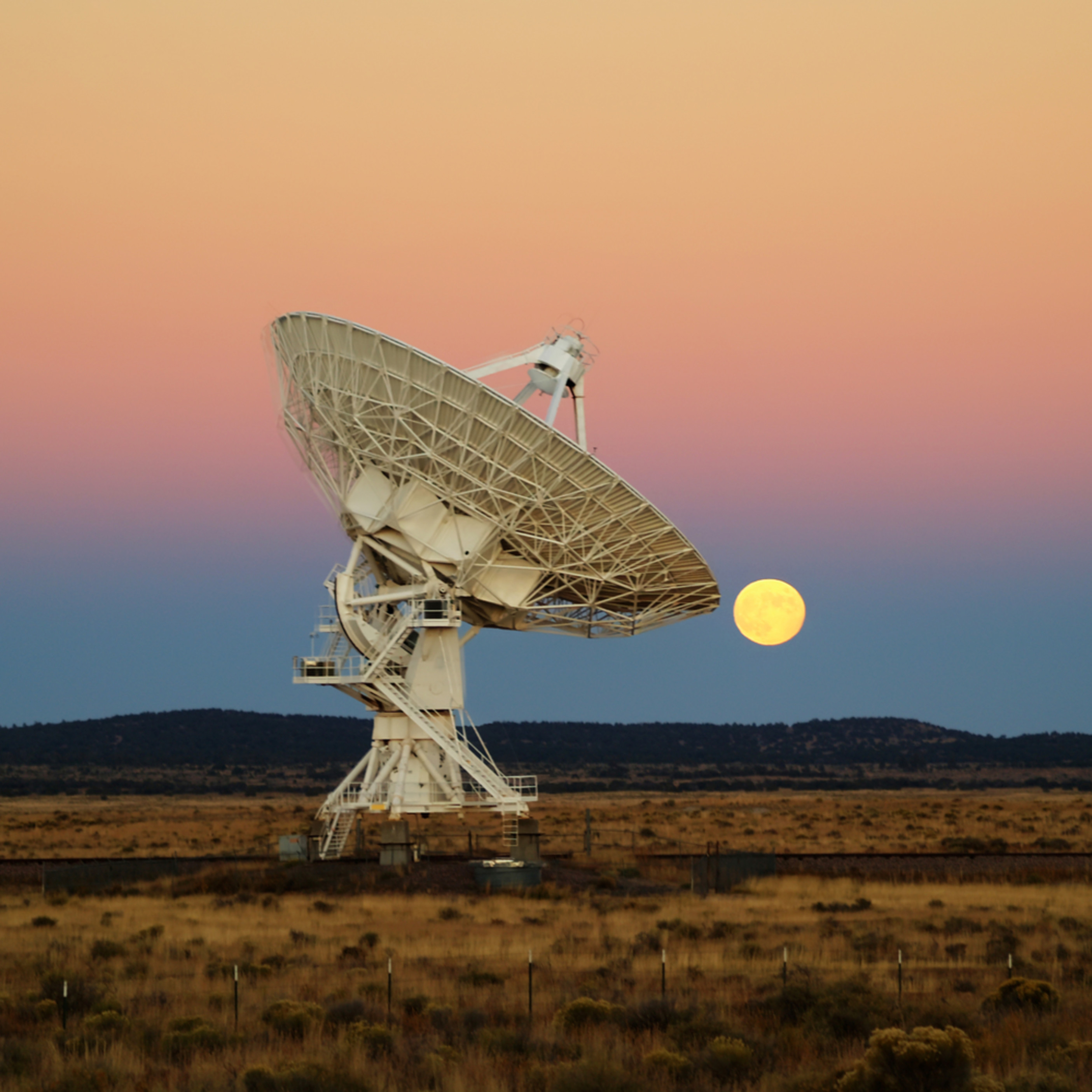 Moonrise over the vla1 iidp76