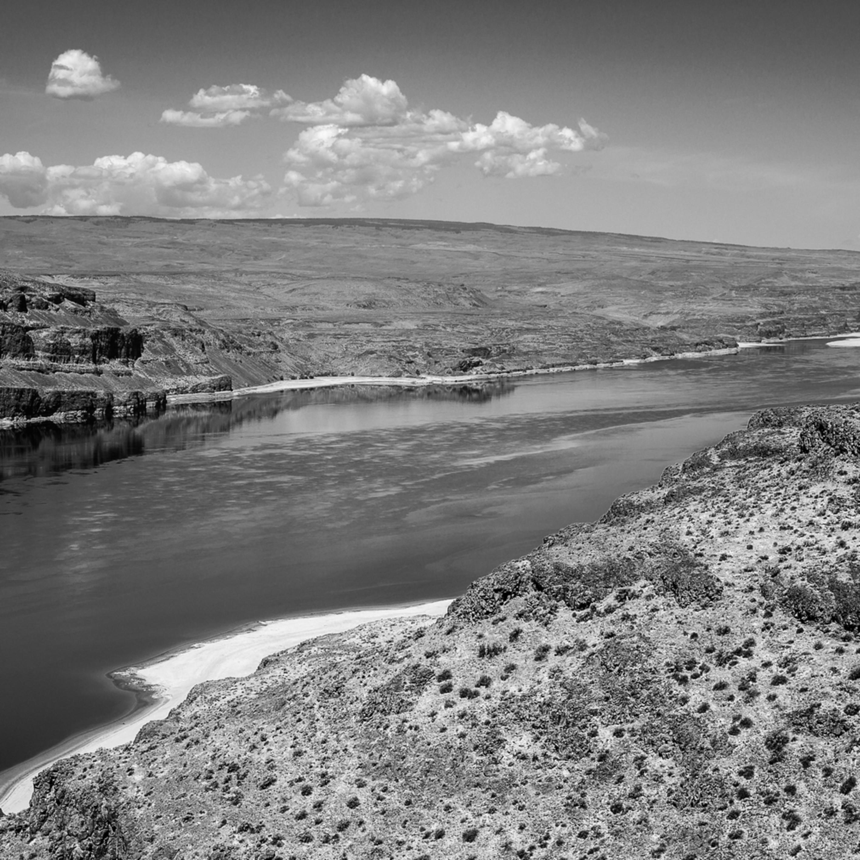 Columbia river vantage washington june 2014 n4uwh0