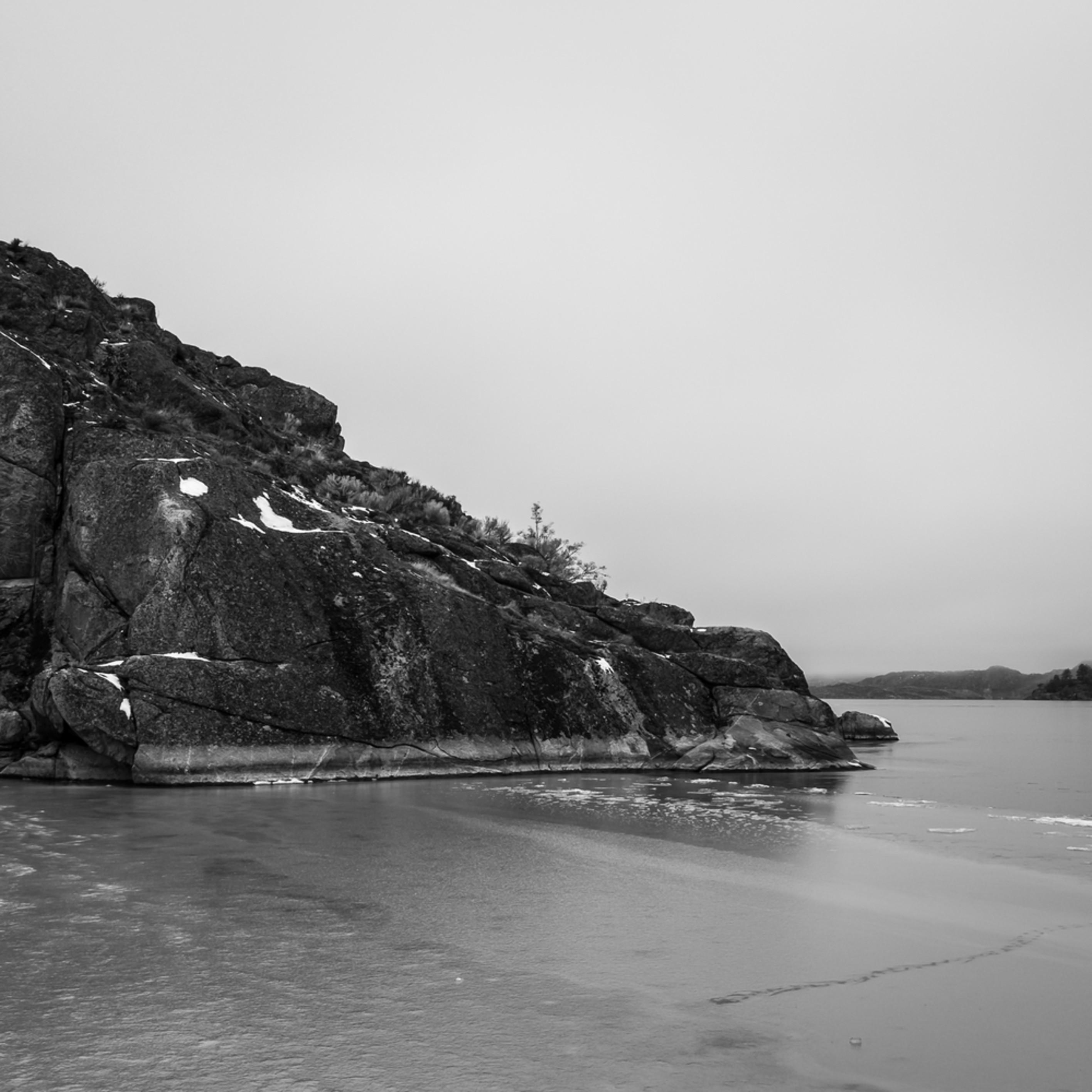 Deep freeze banks lake steamboat rock state park washington 2013 zrrv4g