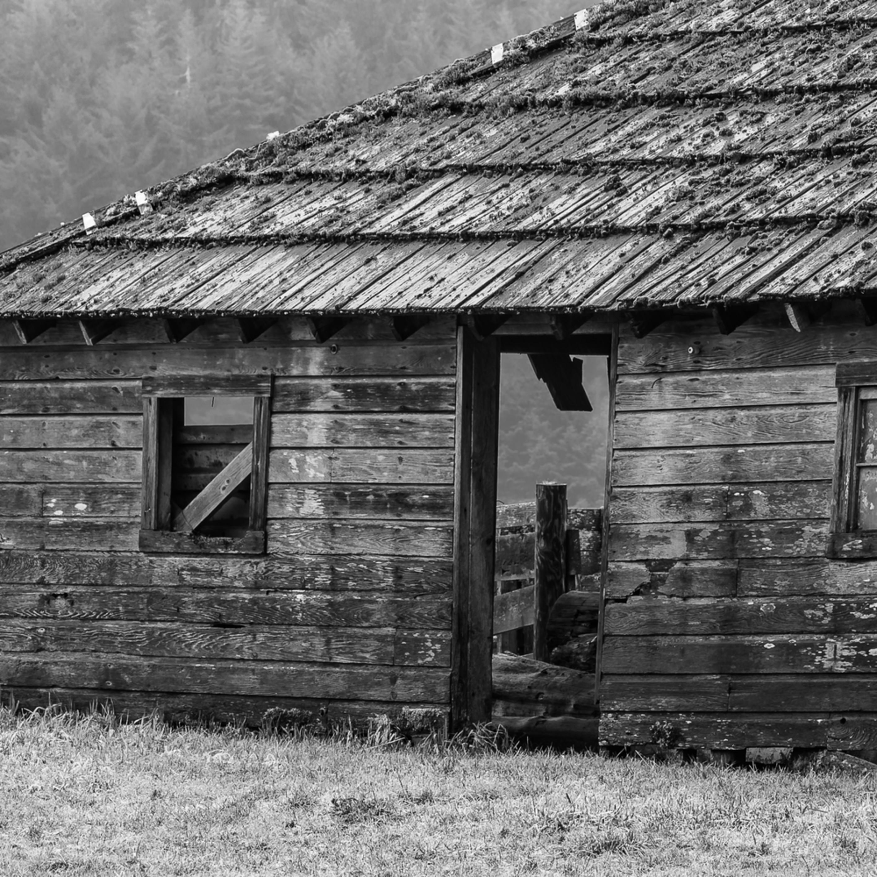 Old barn cowan heritage ranch washington 2016 uphm0m
