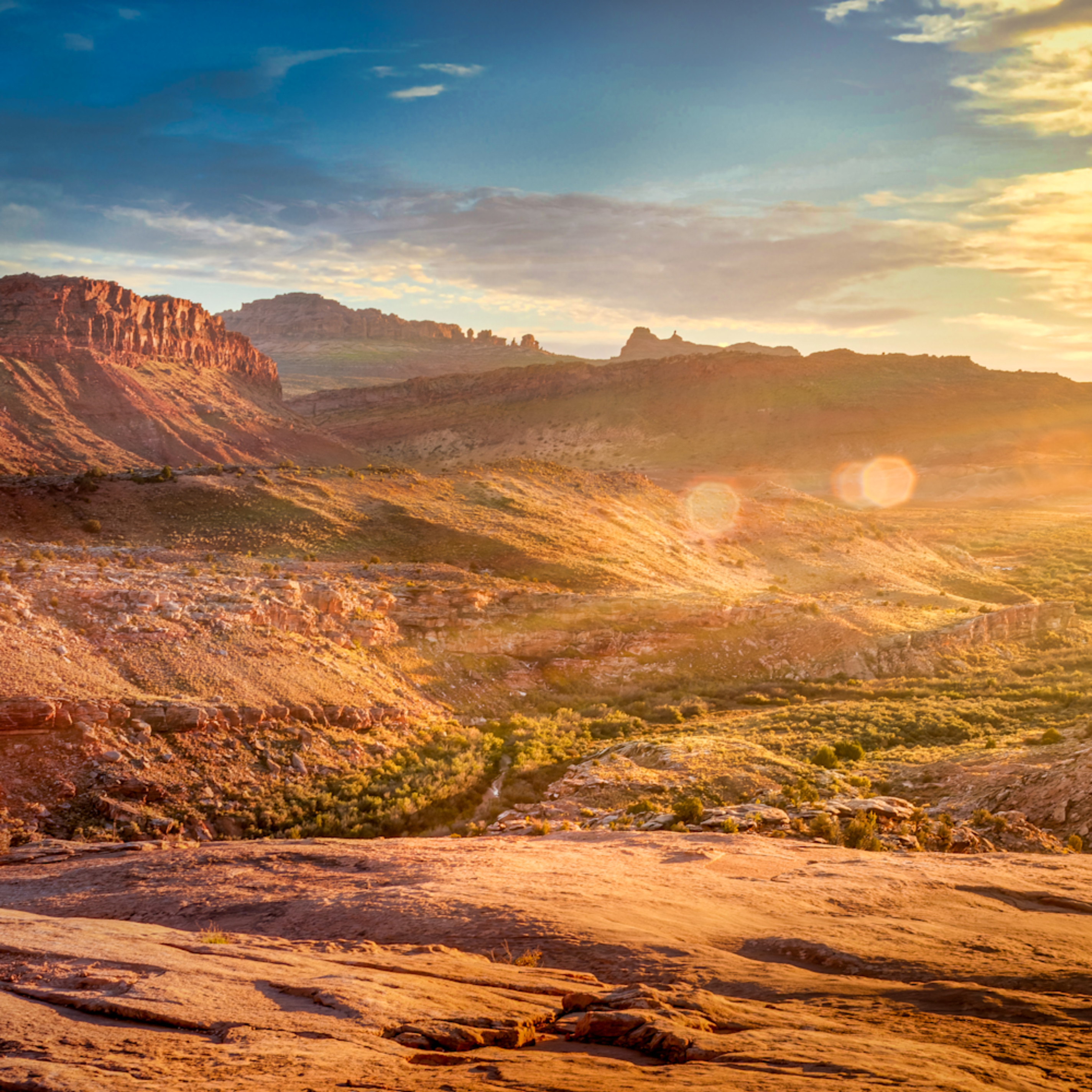 Arches national park at sunset qx4tjz