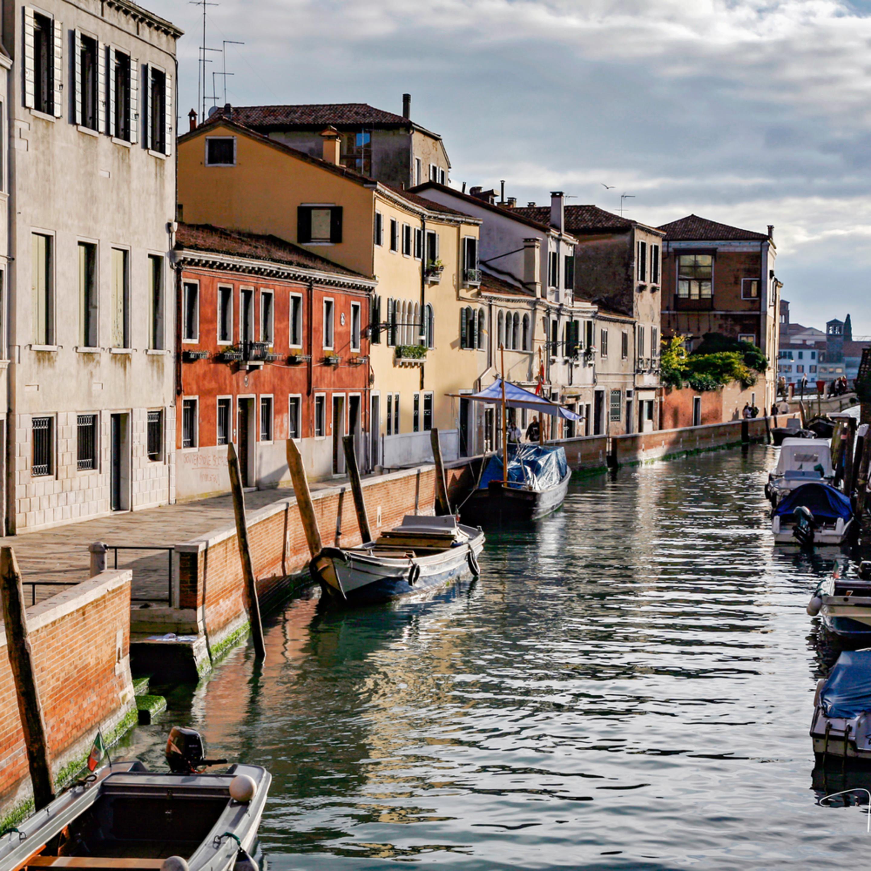 Venice canal fj7rvc