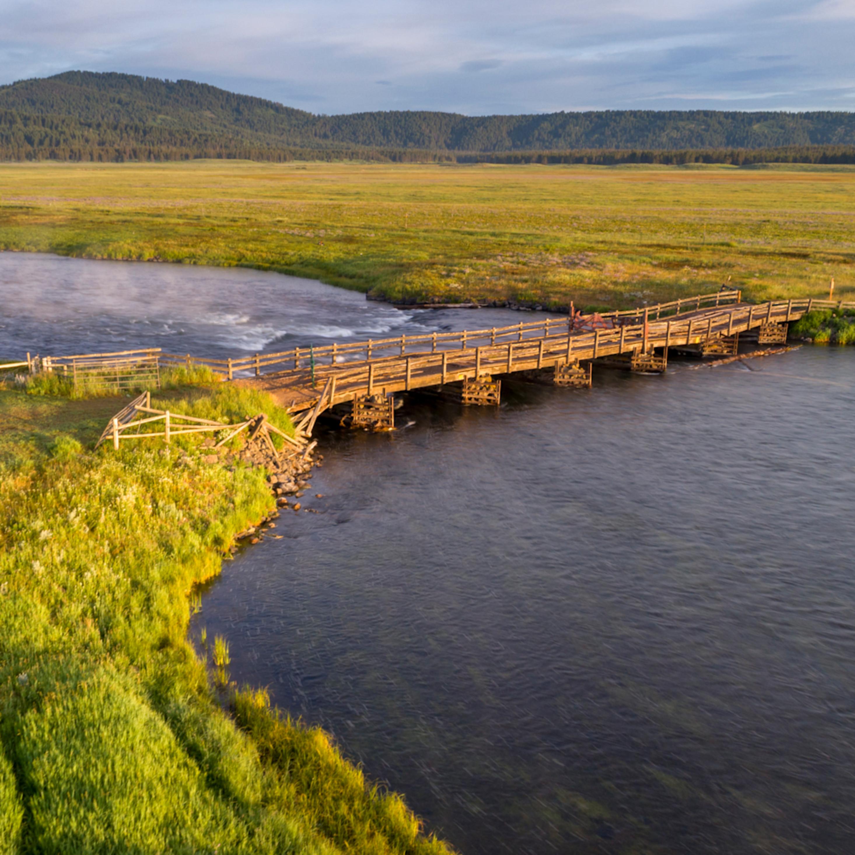 2092 bridge across henrys fork 1.6 4689 x 2931 j100argb 20190827 1449 yfo4jy