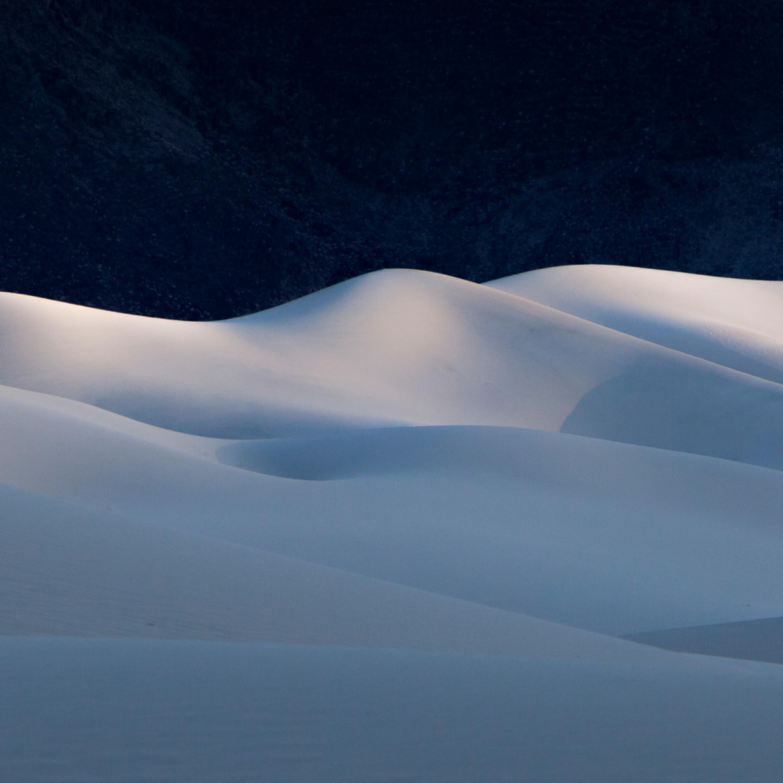 Last light at eureka dunes pano e4d4kr