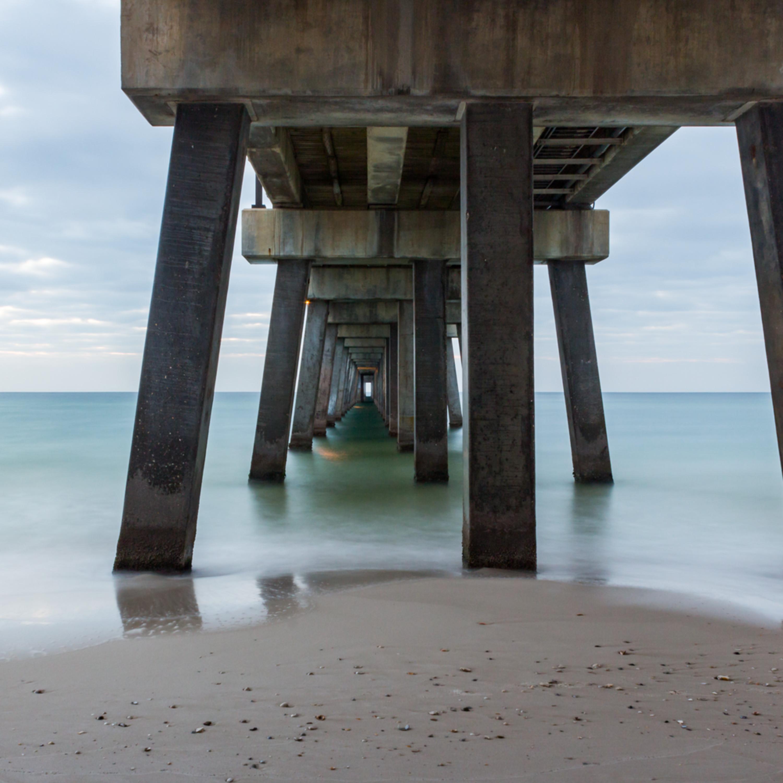 Quiet pier togje9