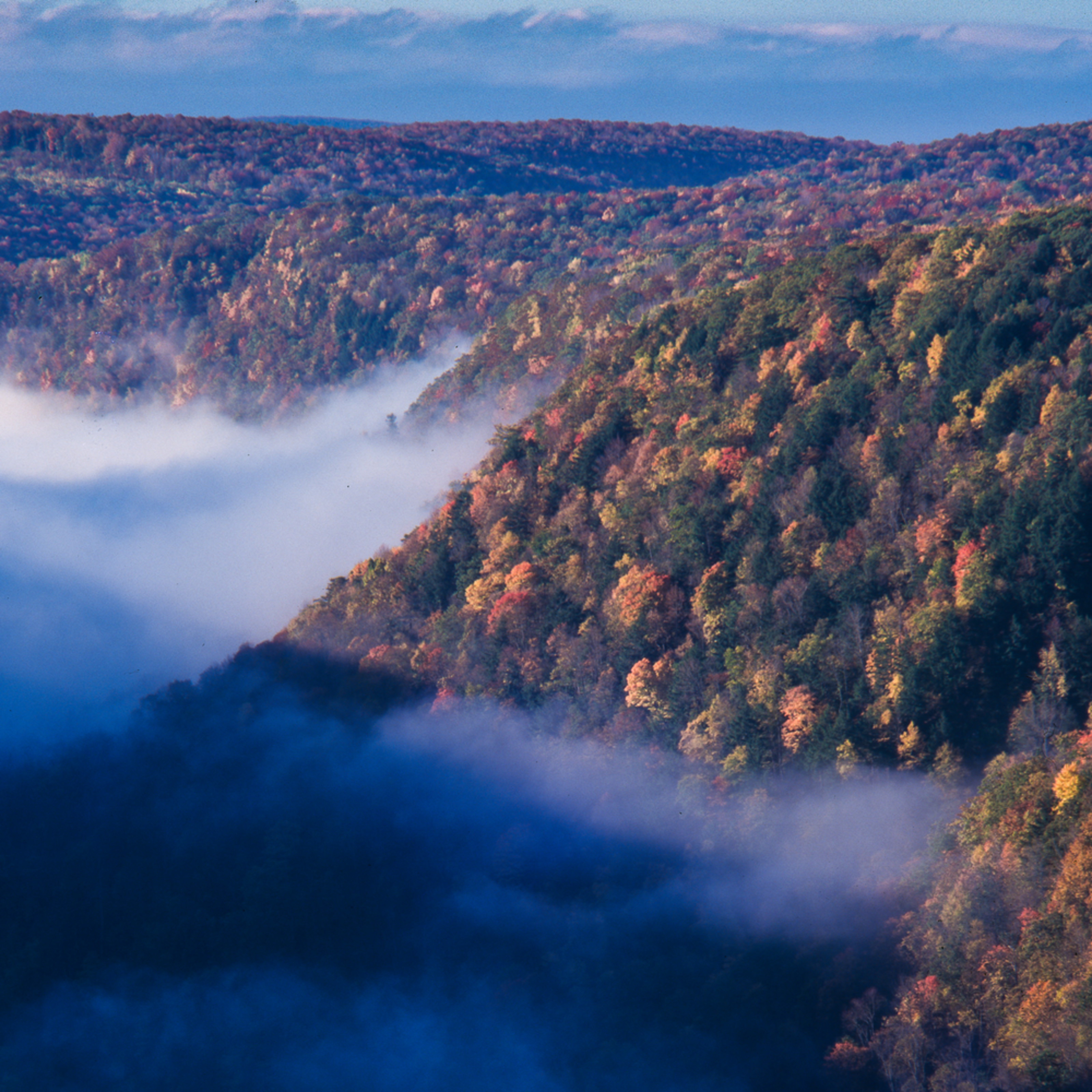 Autumn in the appalachains fog in the valley hwdkvp