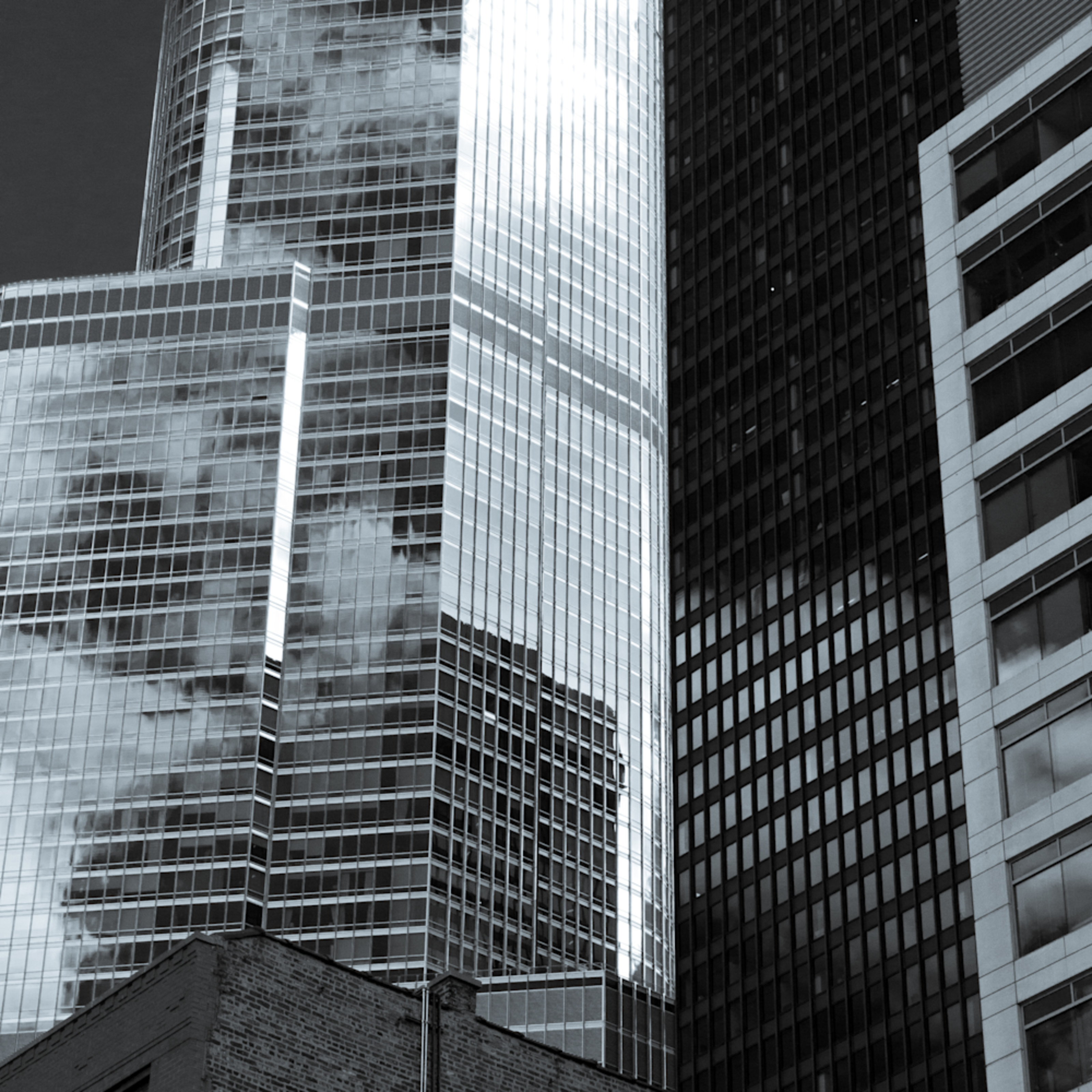 Chicago towers selenium hypzvt