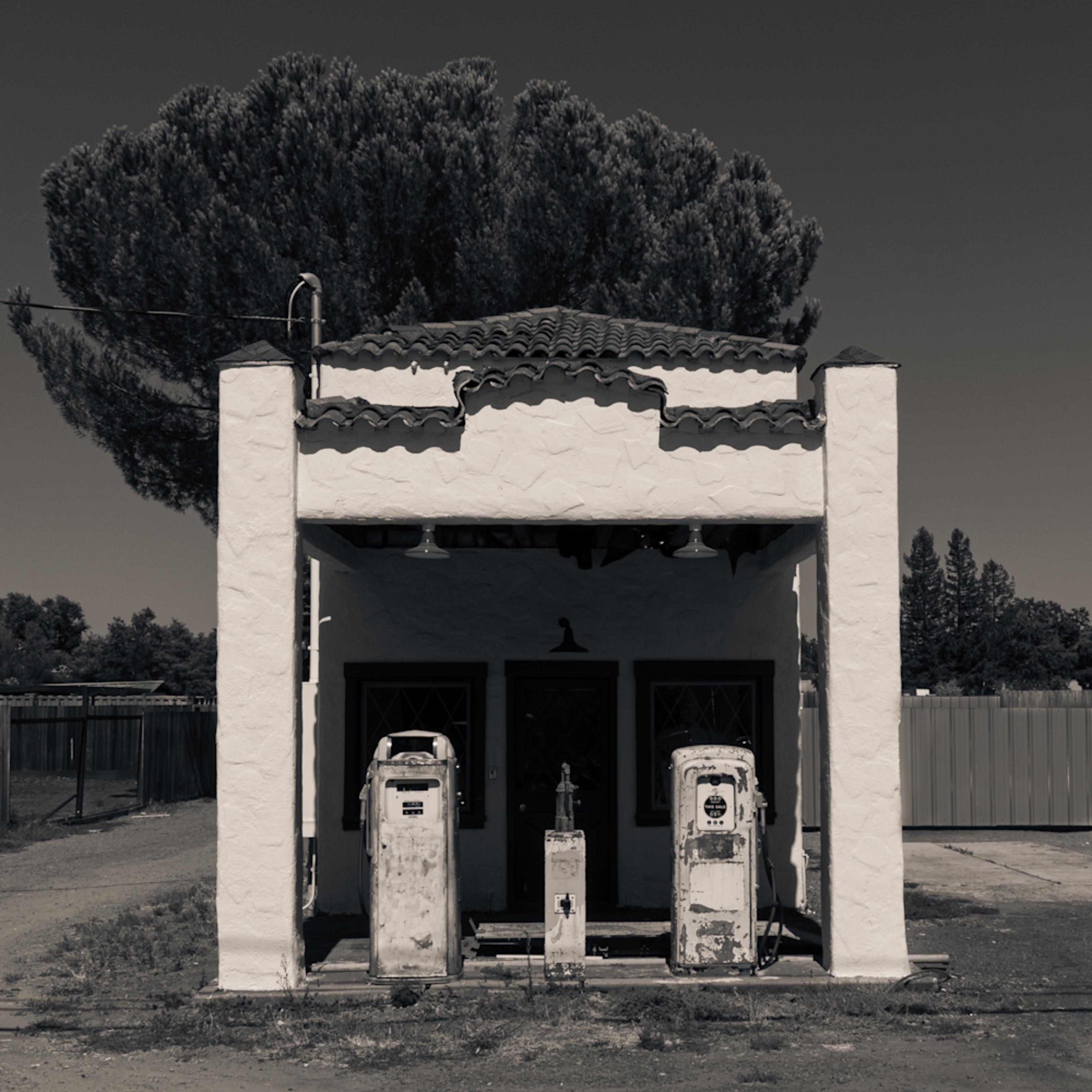 Ancient service station windsor ca jrwdne