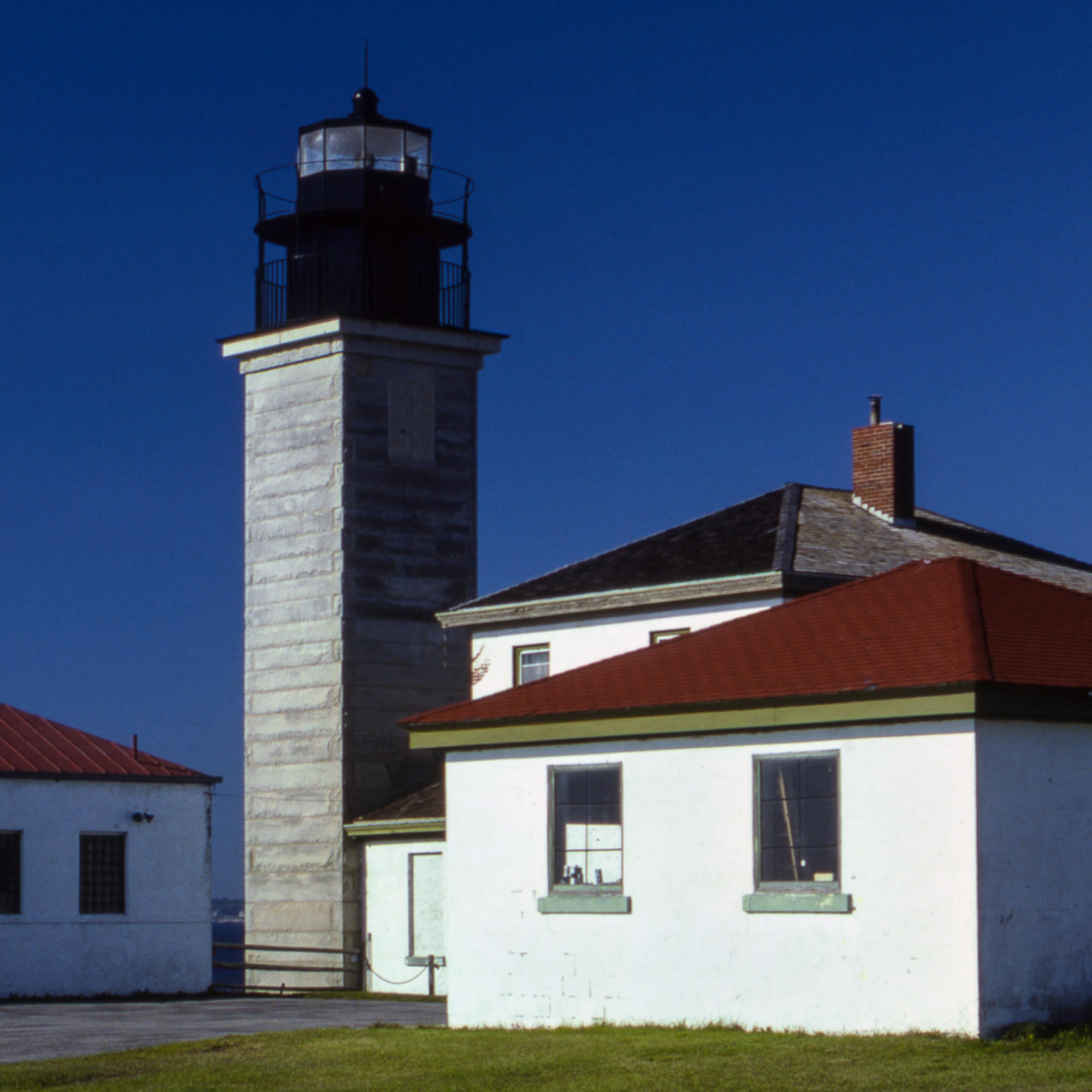 Beavertail lighthouse gnsius