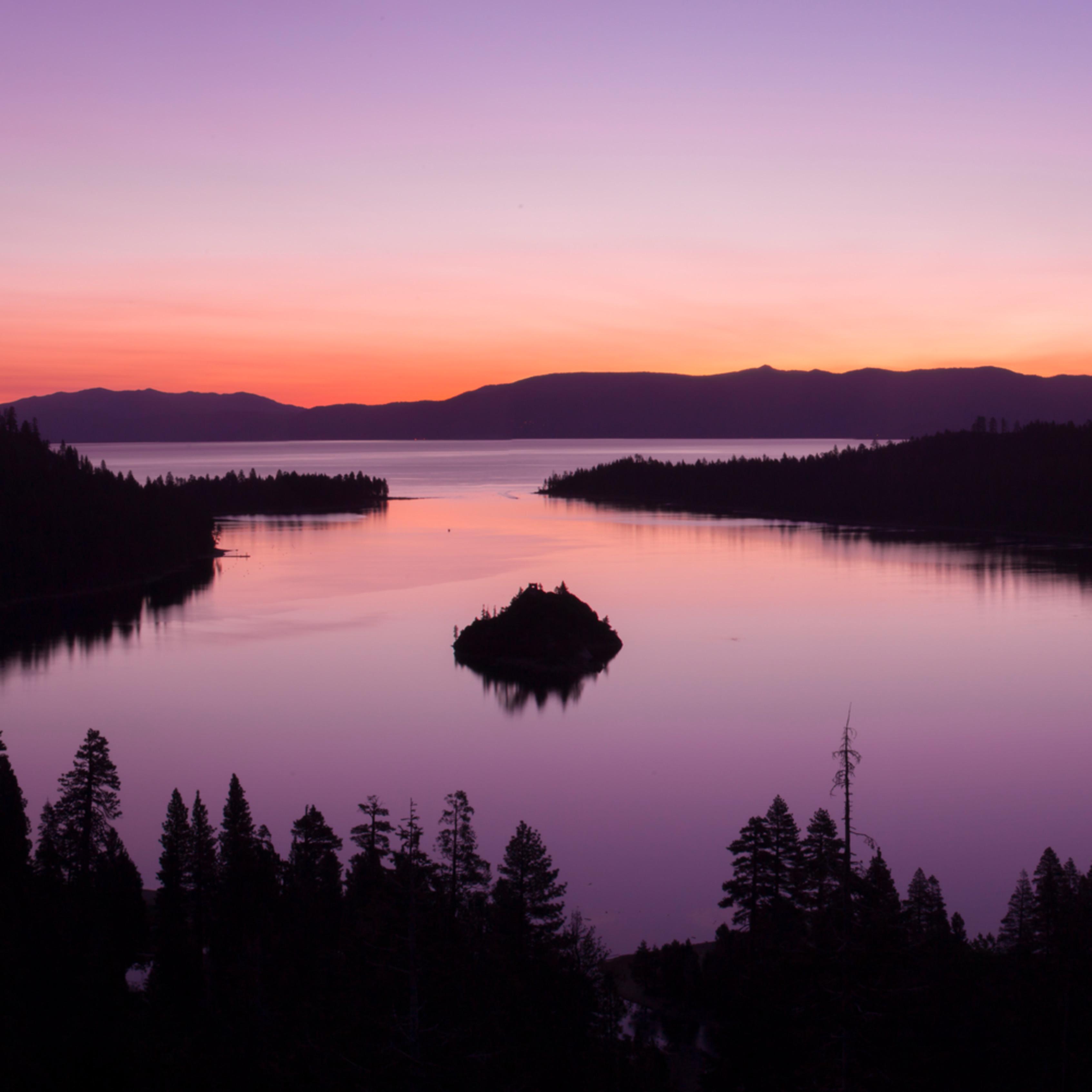 Emerald bay sunrise warm vrfkzc