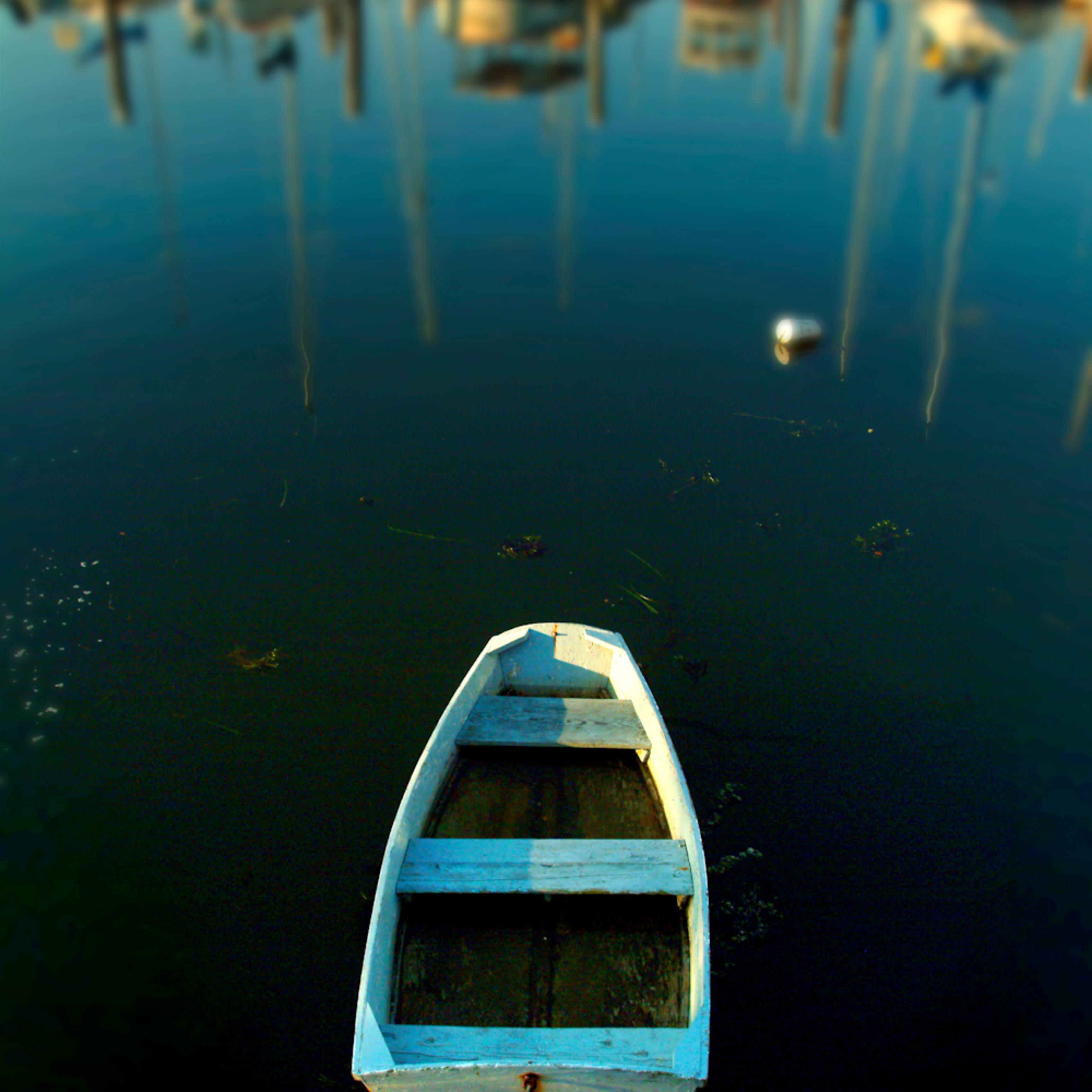 Goldman sinkingboat09 q8i1mg