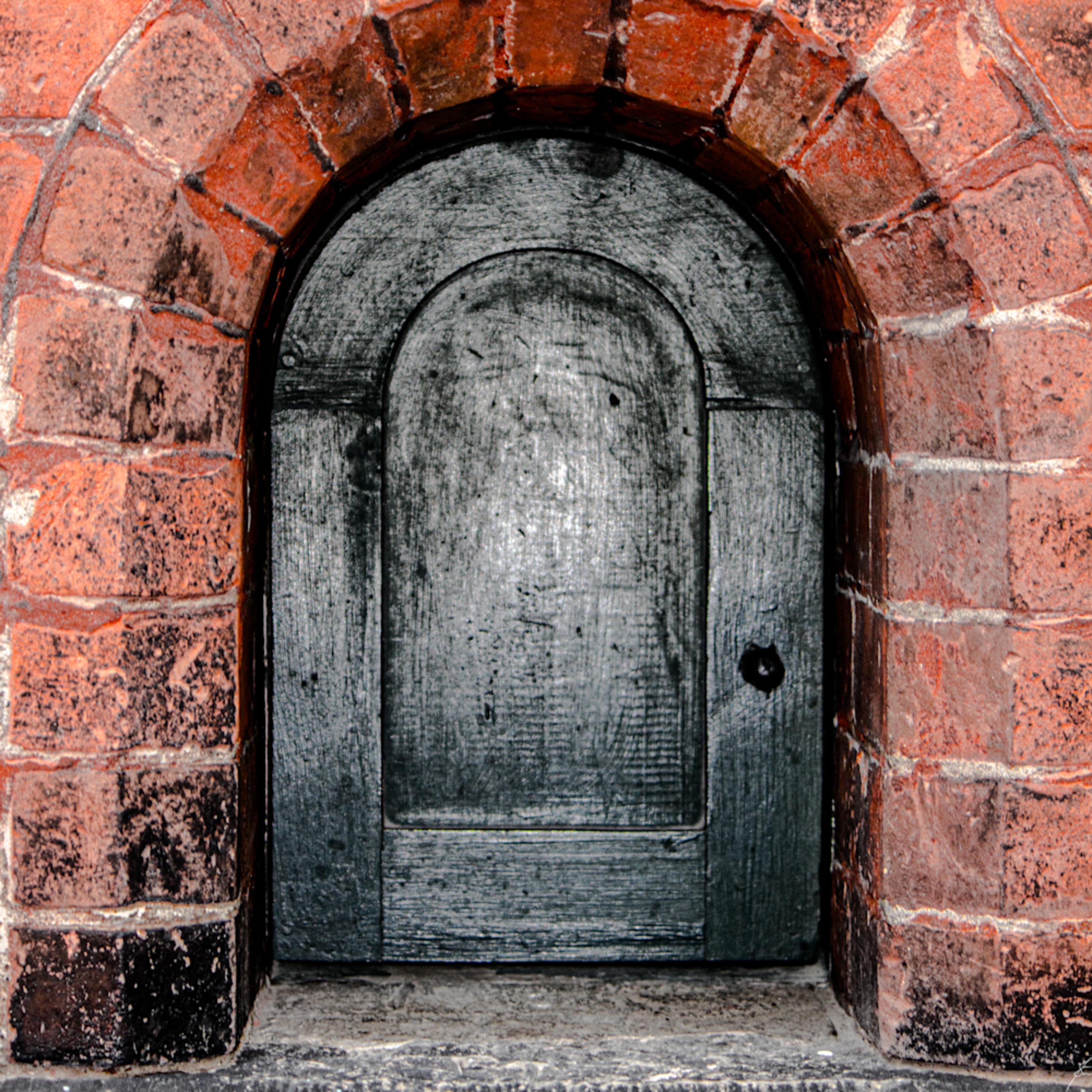 5534 black door lg9y52