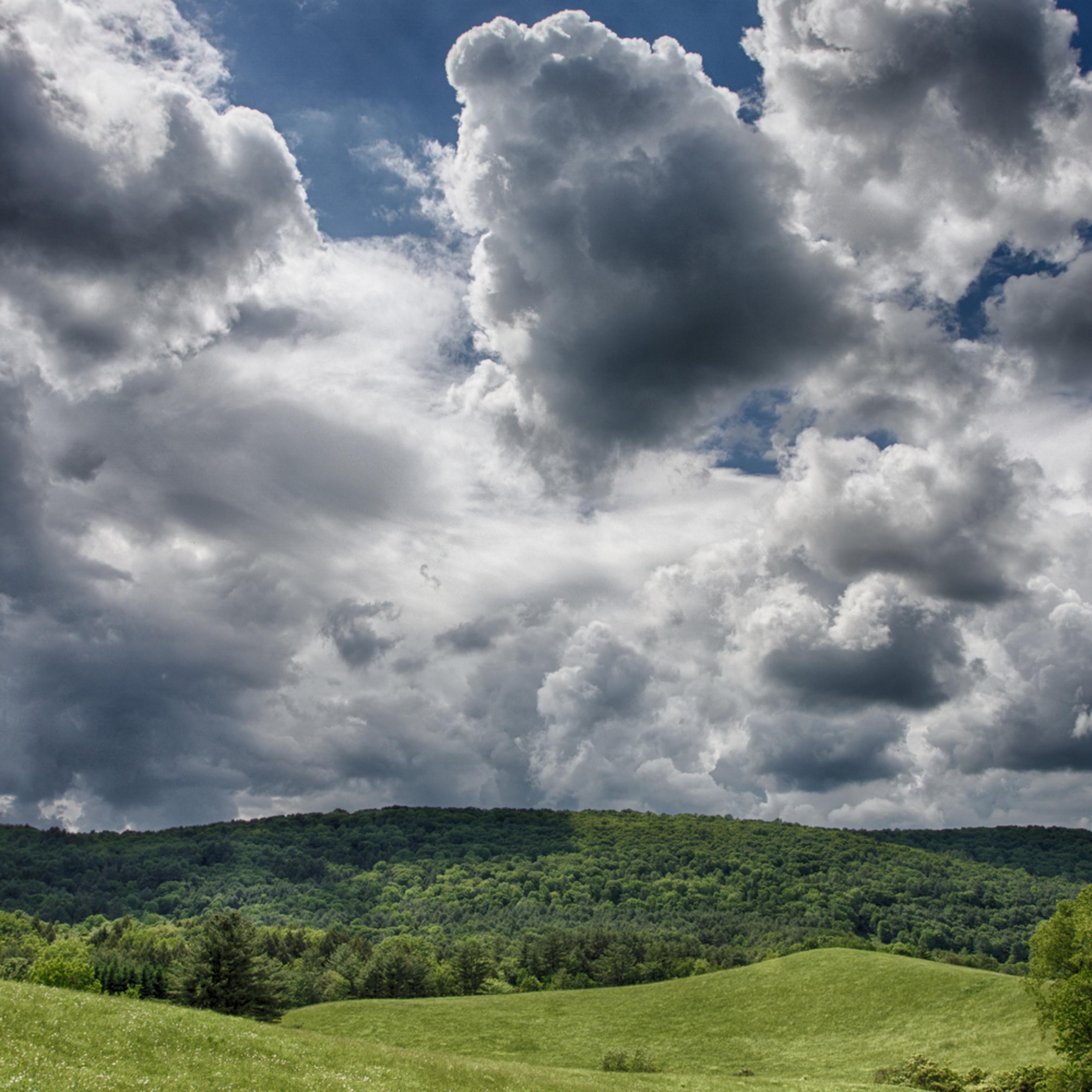 A walk in the clouds i1ckmr
