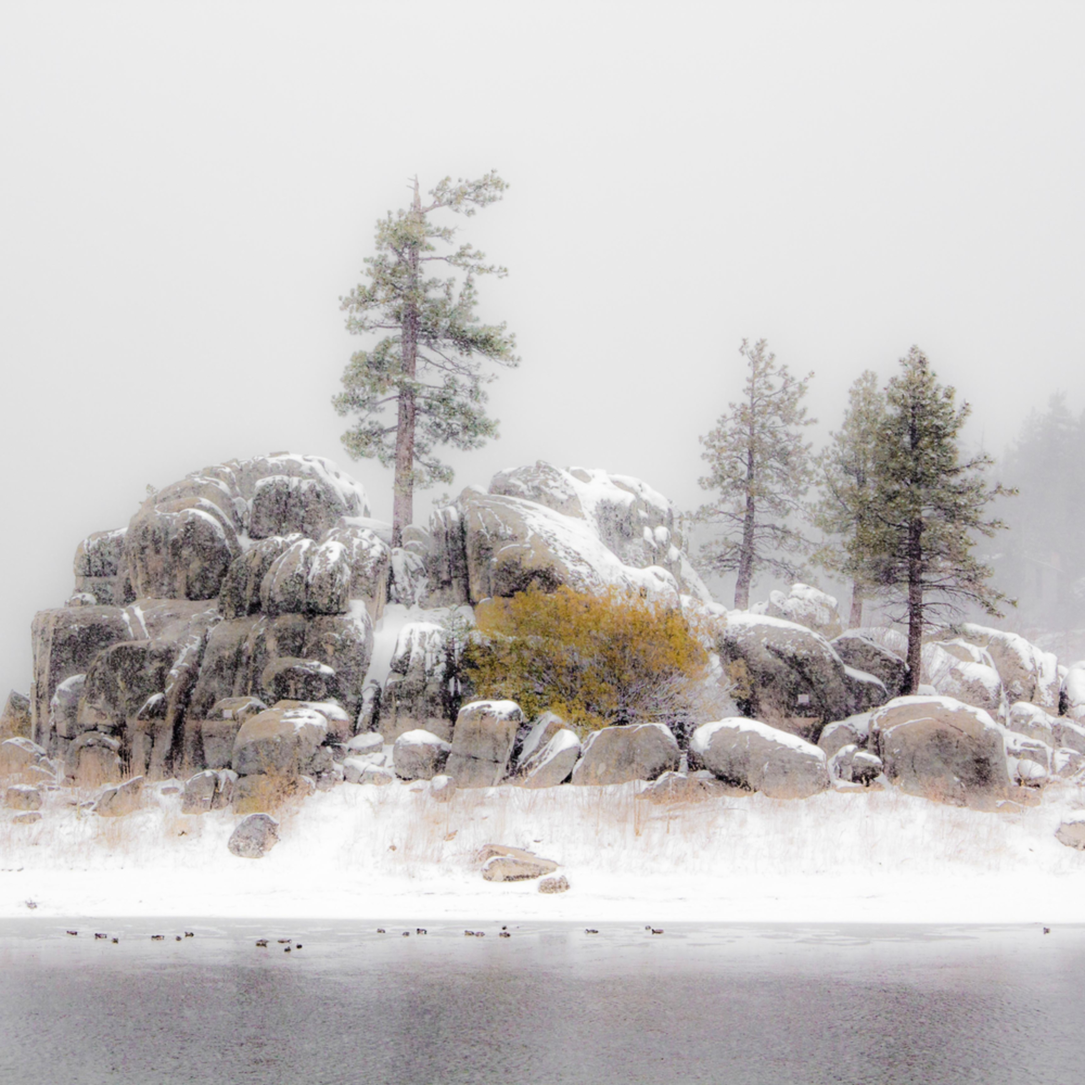 Rock outcrop in snow   big bear p7f9hw