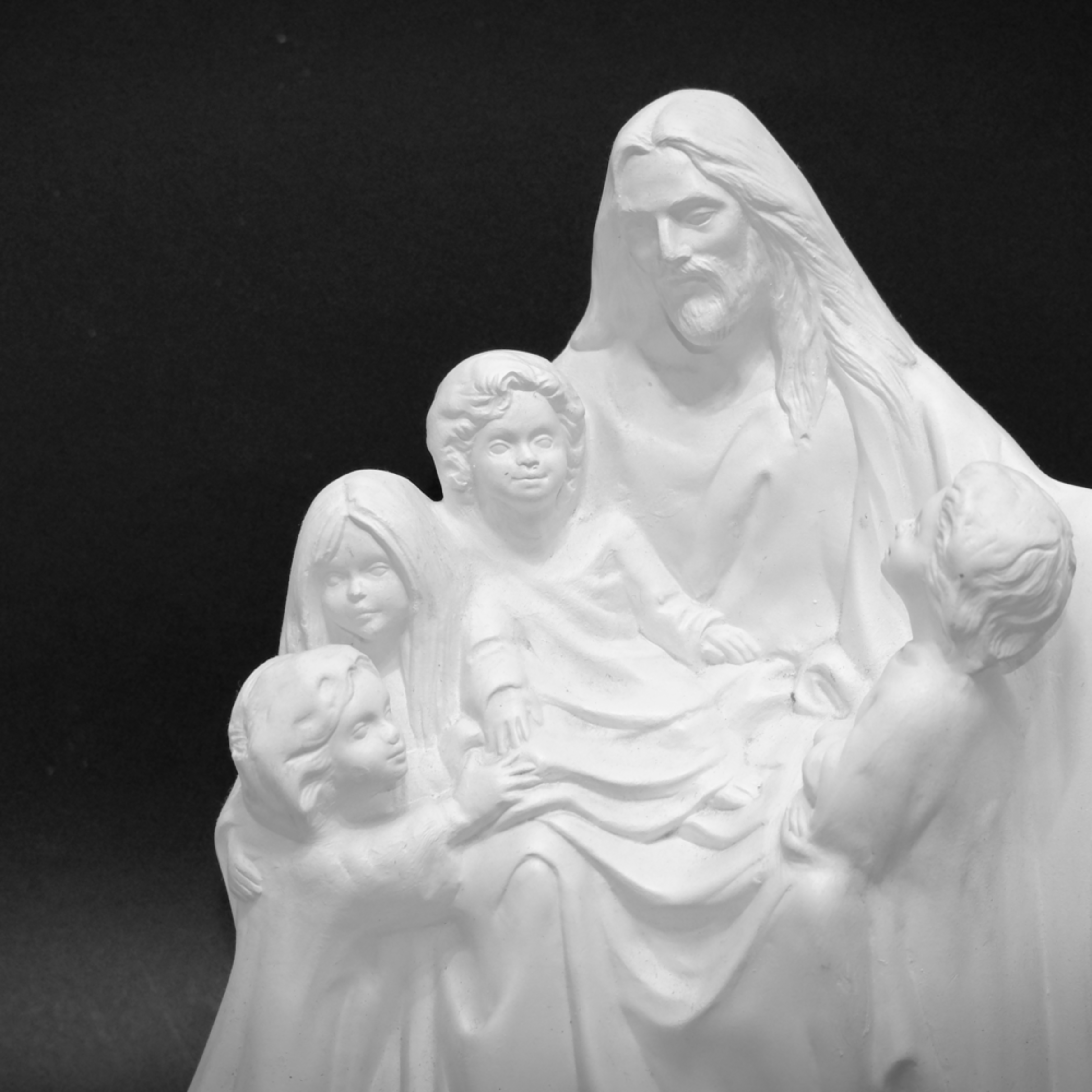 Black and white jesus with little children hfvcu7